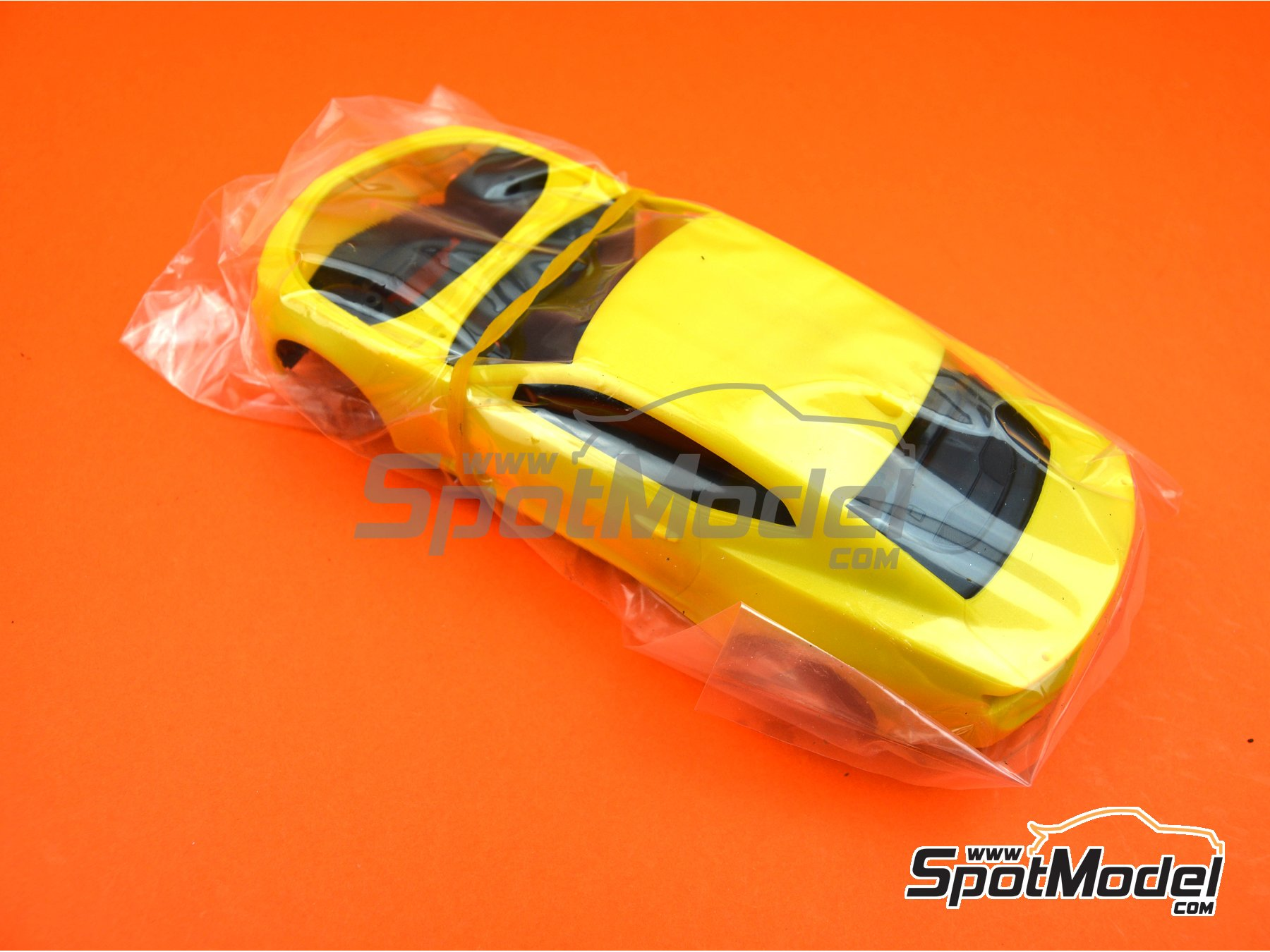 Image 4: Chevrolet Camaro SS LE1 -  2017 | Model car kit in 1/25 scale manufactured by AMT (ref.AMT1074)