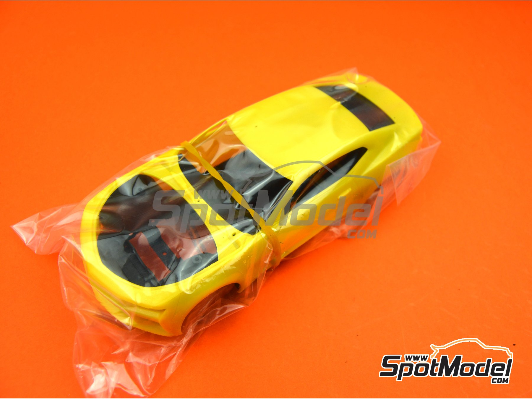 Image 5: Chevrolet Camaro SS LE1 -  2017 | Model car kit in 1/25 scale manufactured by AMT (ref.AMT1074)