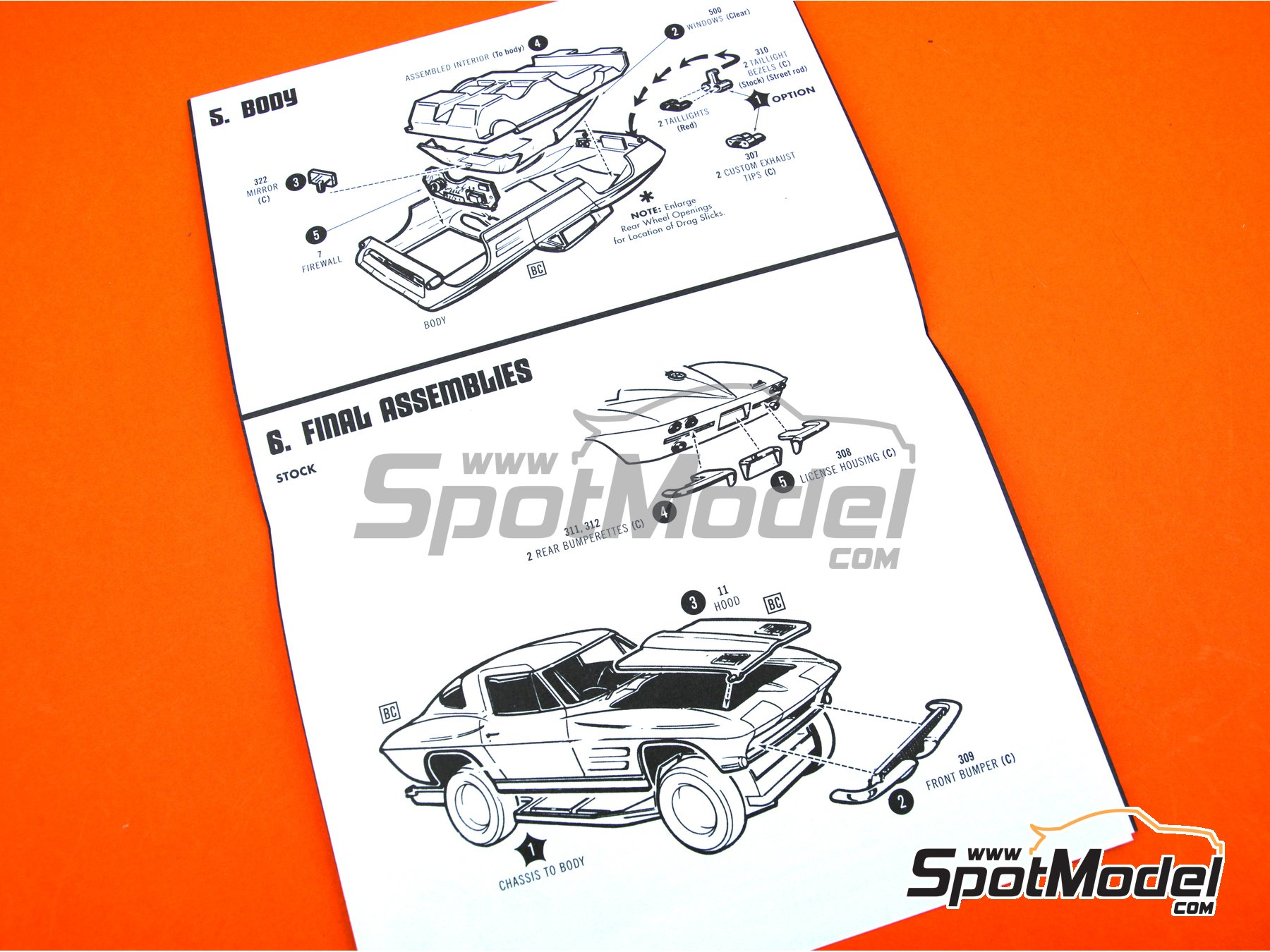 Image 12: Chevrolet Corvette Sting Ray -  1963 | Model car kit in 1/25 scale manufactured by AMT (ref.AMT861)