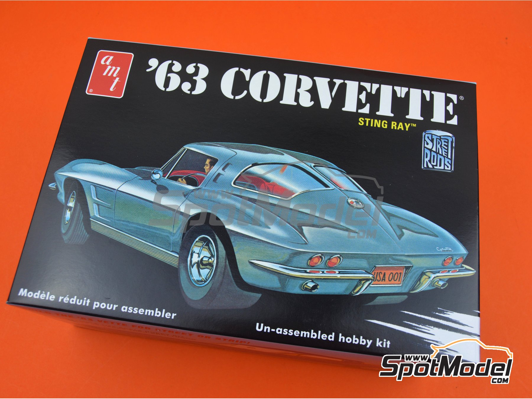 Image 13: Chevrolet Corvette Sting Ray -  1963 | Model car kit in 1/25 scale manufactured by AMT (ref. AMT861)