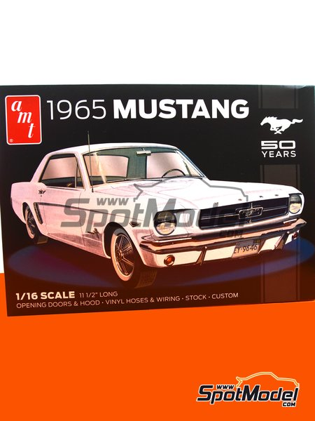 Ford Mustang -  1965 | Model car kit in 1/16 scale manufactured by AMT (ref.AMT872) image