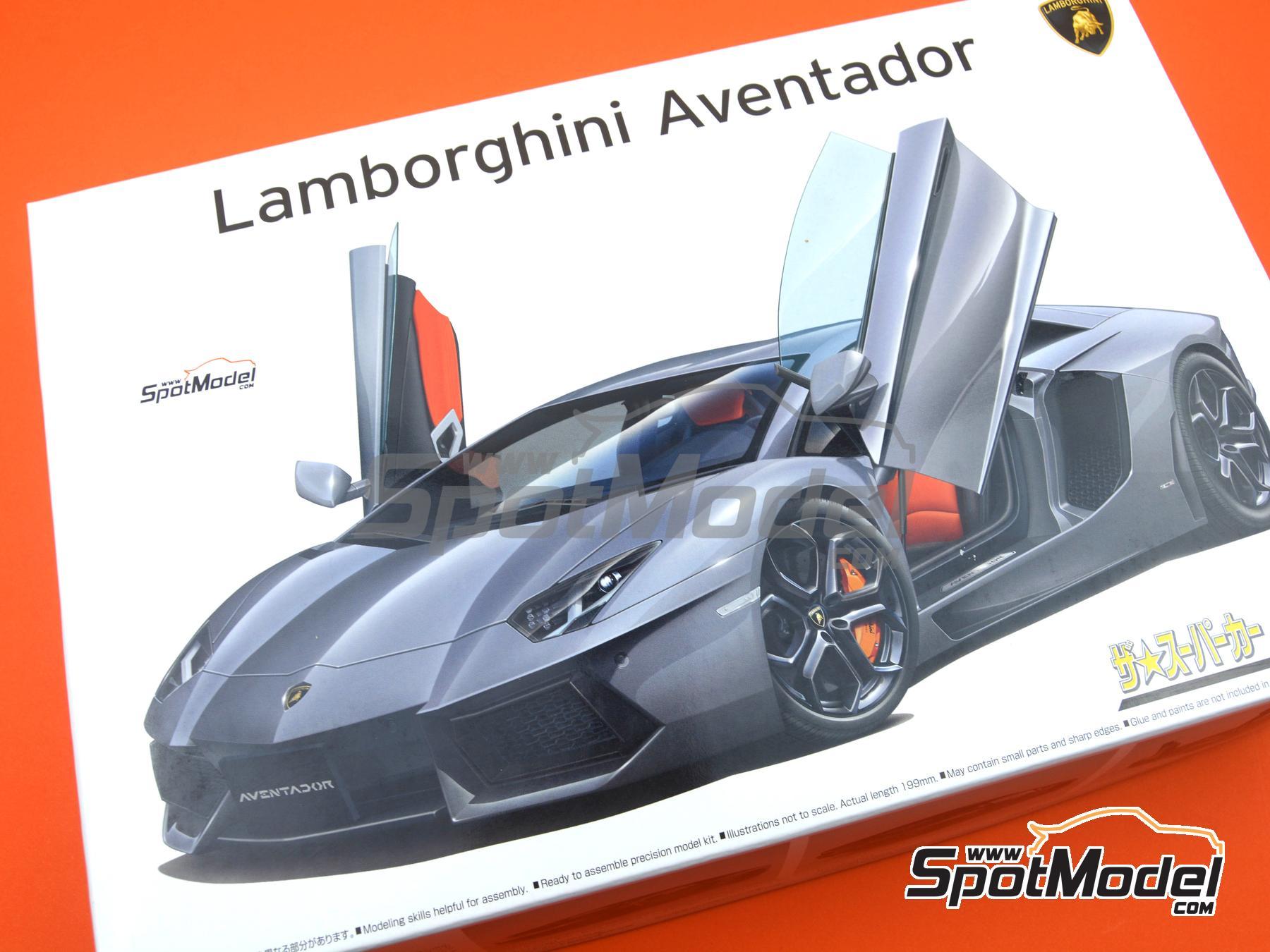 Image 14: Lamborghini Aventador LP700-4 | Model car kit in 1/24 scale manufactured by Aoshima (ref.00142)