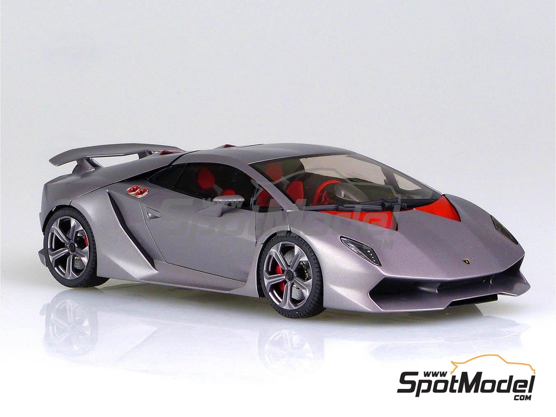 Image 4: Lamborghini Sesto Elemento | Model car kit in 1/24 scale manufactured by Aoshima (ref.01073, also 010730 and 1073)
