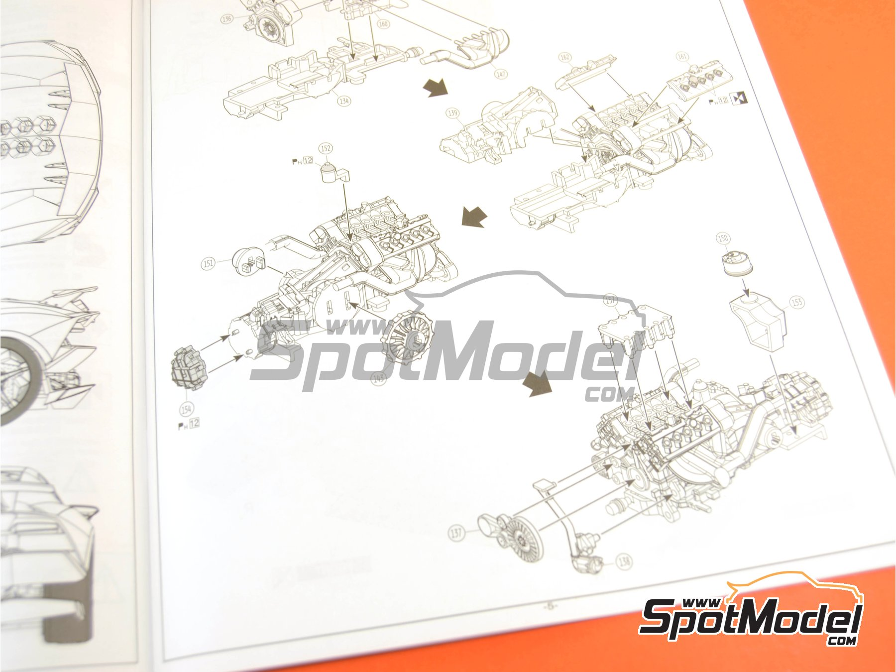 Image 32: Lamborghini Sesto Elemento | Model car kit in 1/24 scale manufactured by Aoshima (ref.01073, also 010730 and 1073)