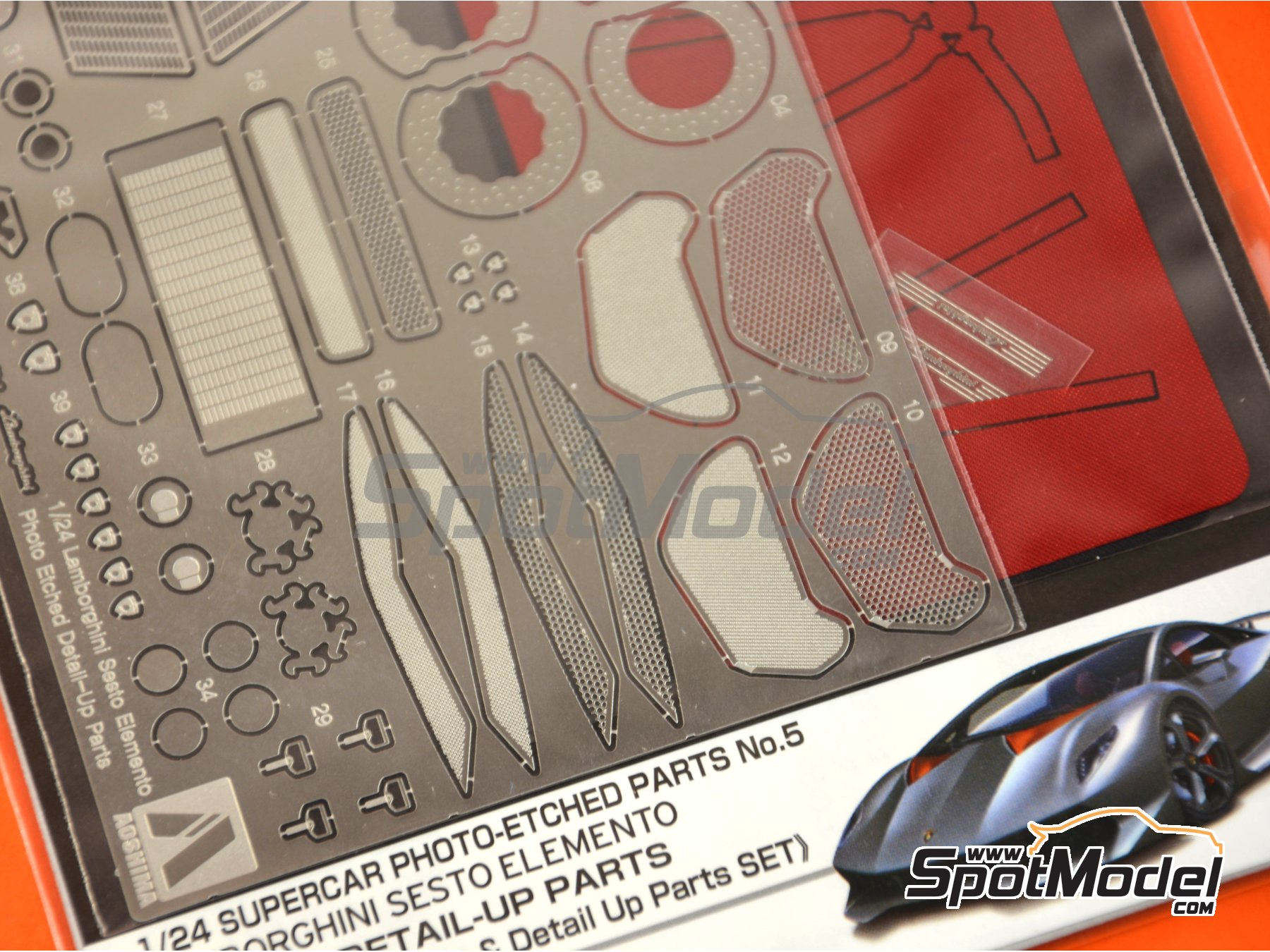 Image 3: Lamborghini Sesto Elemento | Detail up set in 1/24 scale manufactured by Aoshima (ref. 01076)