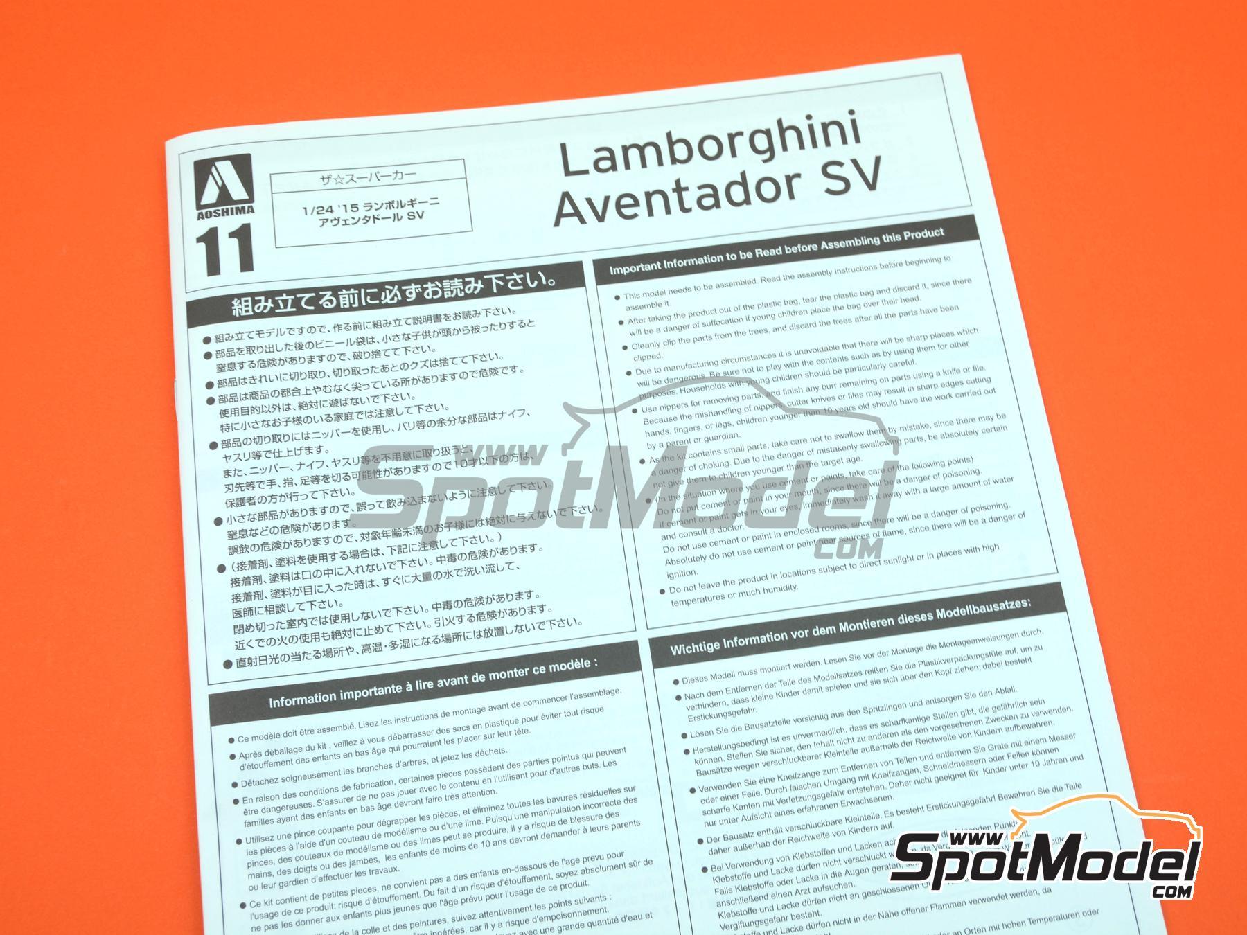 Image 18: Lamborghini Aventador LP750-4 SV | Model car kit in 1/24 scale manufactured by Aoshima (ref.05121)