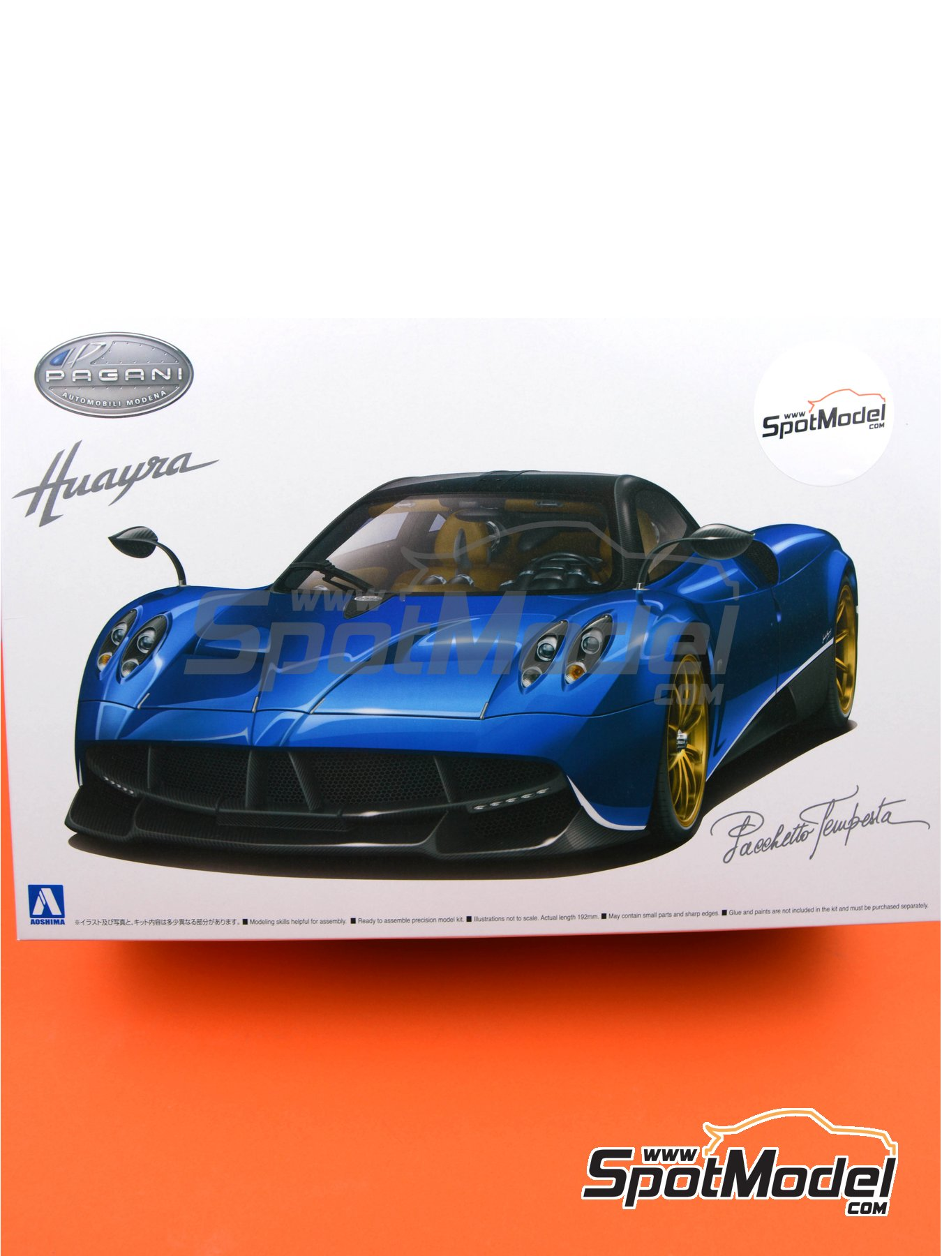 Pagani Huayra Pacchetto Tempesta | Model car kit in 1/24 scale manufactured by Aoshima (ref. 05599) image