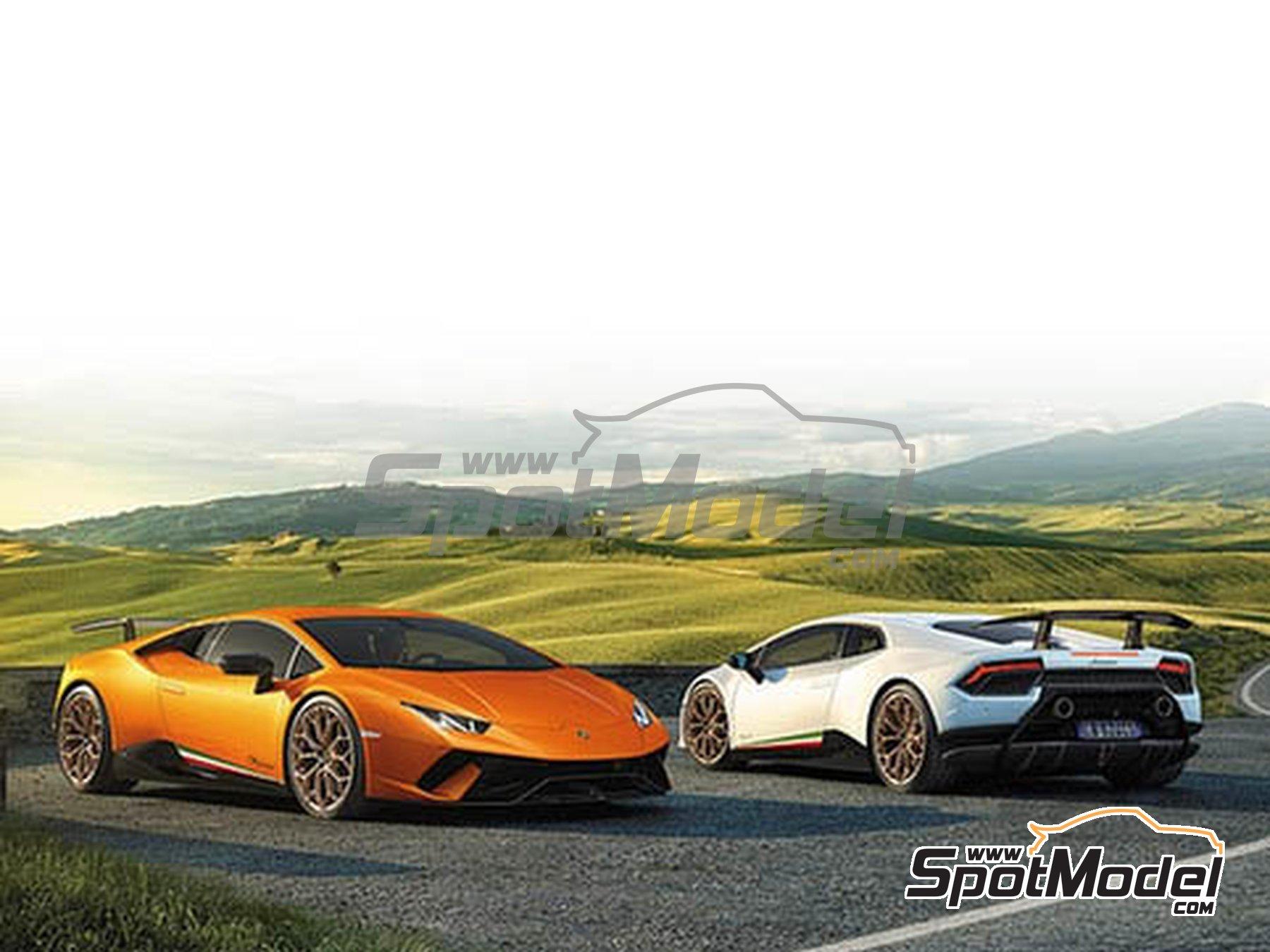 Image 1: Lamborghini Huracan Performante | Maqueta de coche en escala1/24 fabricado por Aoshima (ref.05600, tambien AOS05600 y 56004)
