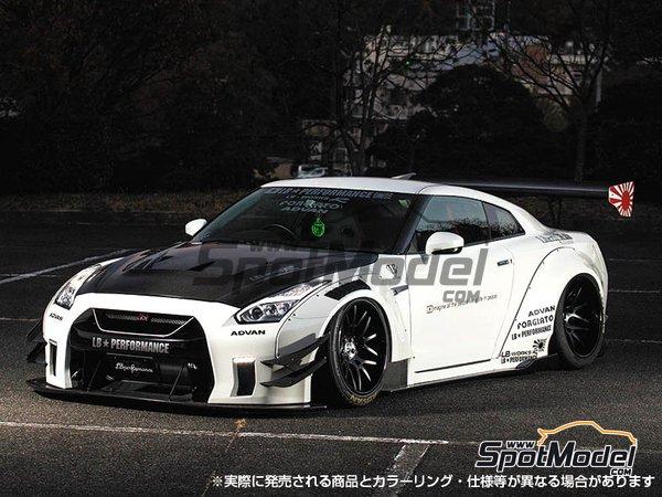 Image 1: Liberty Walk LB Works Nissan R35 GT-R Type 2 Ver. 1   Maqueta de coche en escala1/24 fabricado por Aoshima (ref.55915, tambien 05591)