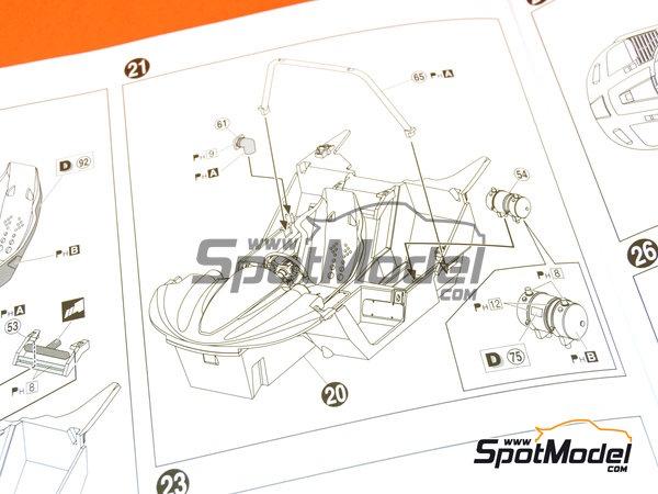Image 19: McLaren F1 GTR Long Tail EMI Ueno Clinic - 24 Horas de Le Mans 1998 | Maqueta de coche en escala1/24 fabricado por Aoshima (ref.AOS01418)