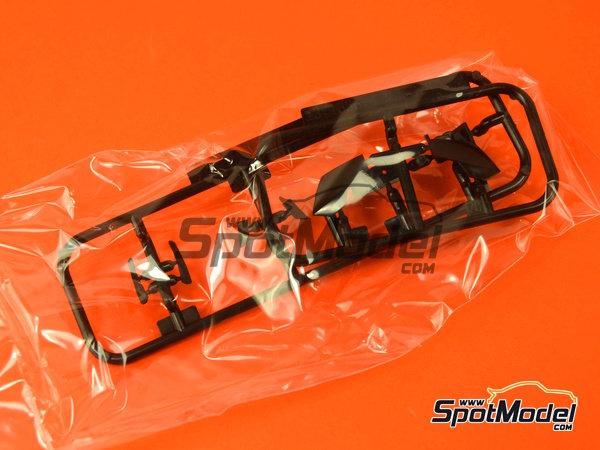 Image 17: Lamborghini Murcielago R-SV All Inkl - Zolder DRM 2011 | Maqueta de coche en escala1/24 fabricado por Aoshima (ref.AOSH-00718)