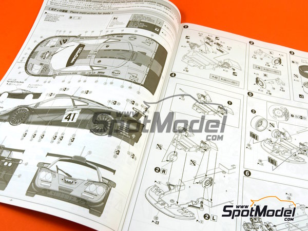 Image 9: McLaren F1 GTR Long Tail Gulf - 24 Hours Le Mans 1997 | Model car kit in 1/24 scale manufactured by Aoshima (ref.AOSH-007471)