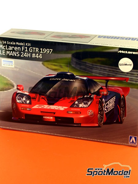 McLaren F1 GTR Long Tail Lark - 24 Hours Le Mans 1997 | Model car kit in 1/24 scale manufactured by Aoshima (ref.AOSH-007518) image
