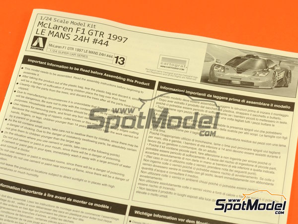 Image 10: McLaren F1 GTR Long Tail Lark - 24 Hours Le Mans 1997 | Model car kit in 1/24 scale manufactured by Aoshima (ref.AOSH-007518)