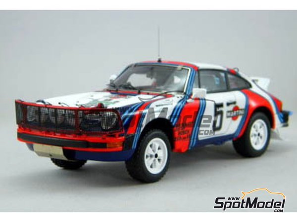 Image 2: Porsche 911SC Martini Racing - Safari Rally 1978 | Model car kit in 1/24 scale manufactured by Arena (ref. ARE861-24)