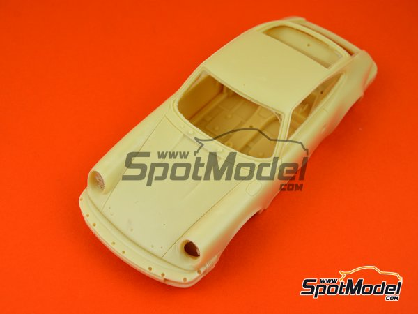 Image 7: Porsche 911SC Martini Racing - Safari Rally 1978 | Model car kit in 1/24 scale manufactured by Arena (ref. ARE861-24)