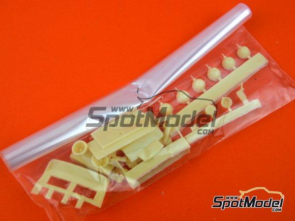 Image 14: Porsche 911SC Martini Racing - Rally Safari 1978 | Maqueta de coche en escala1/24 fabricado por Arena (ref.ARE861-24)