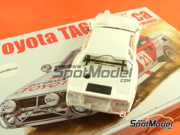 Image 40: Toyota TA64 Celica - Safari Rally 1985 | Model car kit in 1/24 scale manufactured by Beemax Model Kits (ref.B24004, also Aoshima 084564)