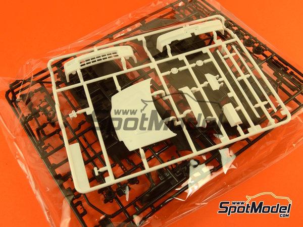 Image 8: Honda Civic EF3 Grupo A PIAA | Maqueta de coche en escala1/24 fabricado por Beemax Model Kits (ref.B24005, tambien Aoshima 084588)
