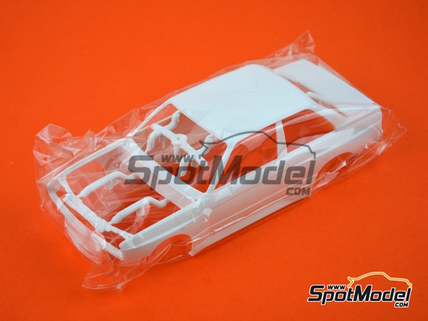 Image 7: BMW M3 E30 - DTM 1991 | Model car kit in 1/24 scale manufactured by Beemax Model Kits (ref. B24007)