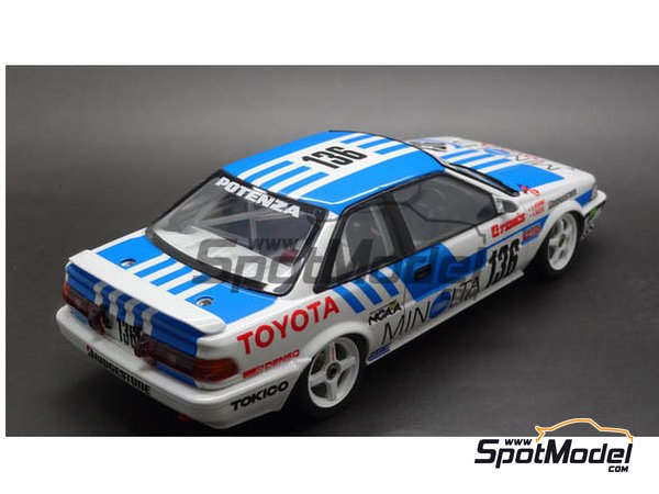 Image 3: Toyota Corolla Levin AE92 Group A Minolta -  1988 | Model car kit in 1/24 scale manufactured by Beemax Model Kits (ref. B24010, also Aoshima 098240)
