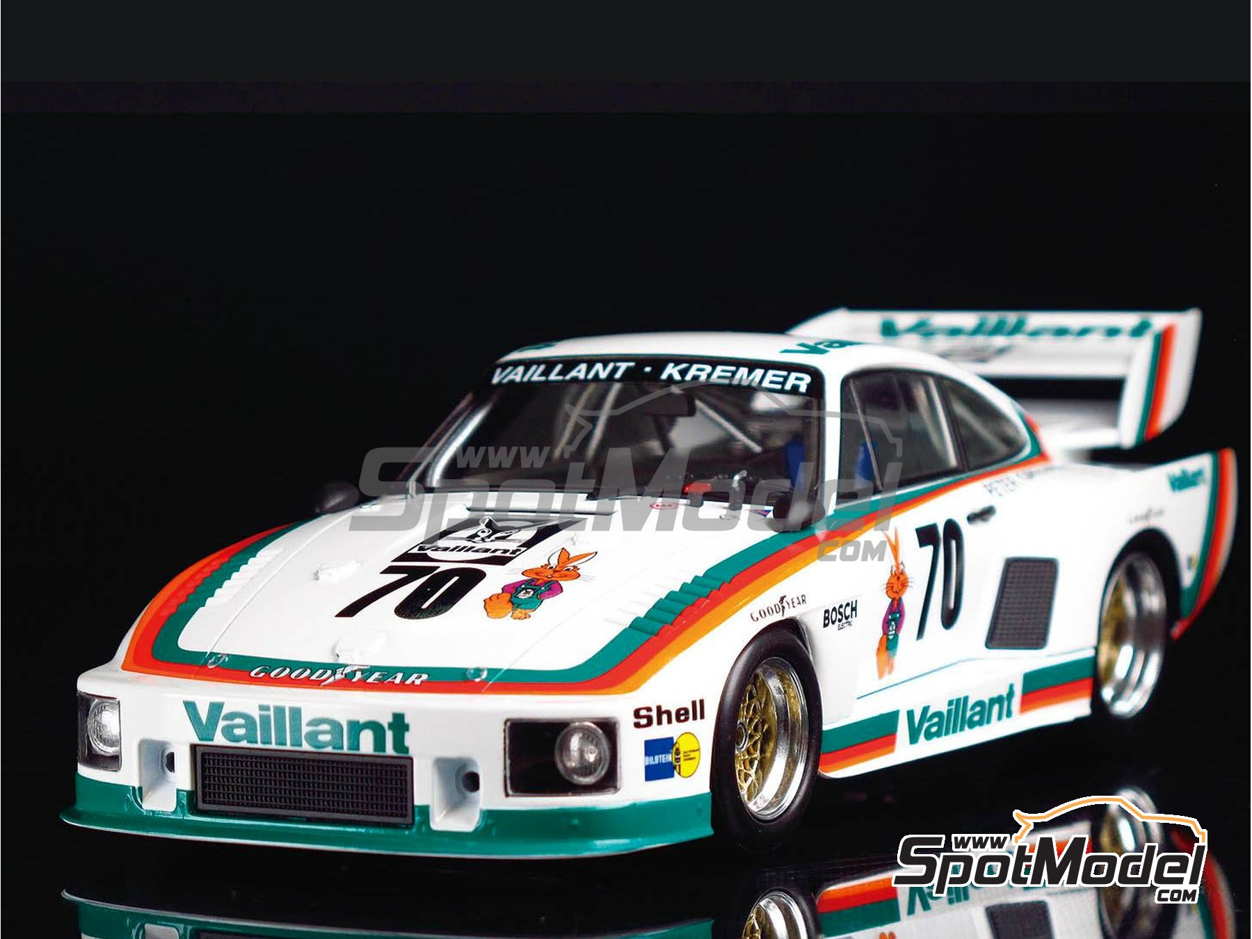 Image 8: Porsche 935 K2 Kremer Vaillant - Deutsche Rennsport Meisterschaft DRM 1977 | Model car kit in 1/24 scale manufactured by Beemax Model Kits (ref. B24015, also 105108, aos10510 and 4905083105108)