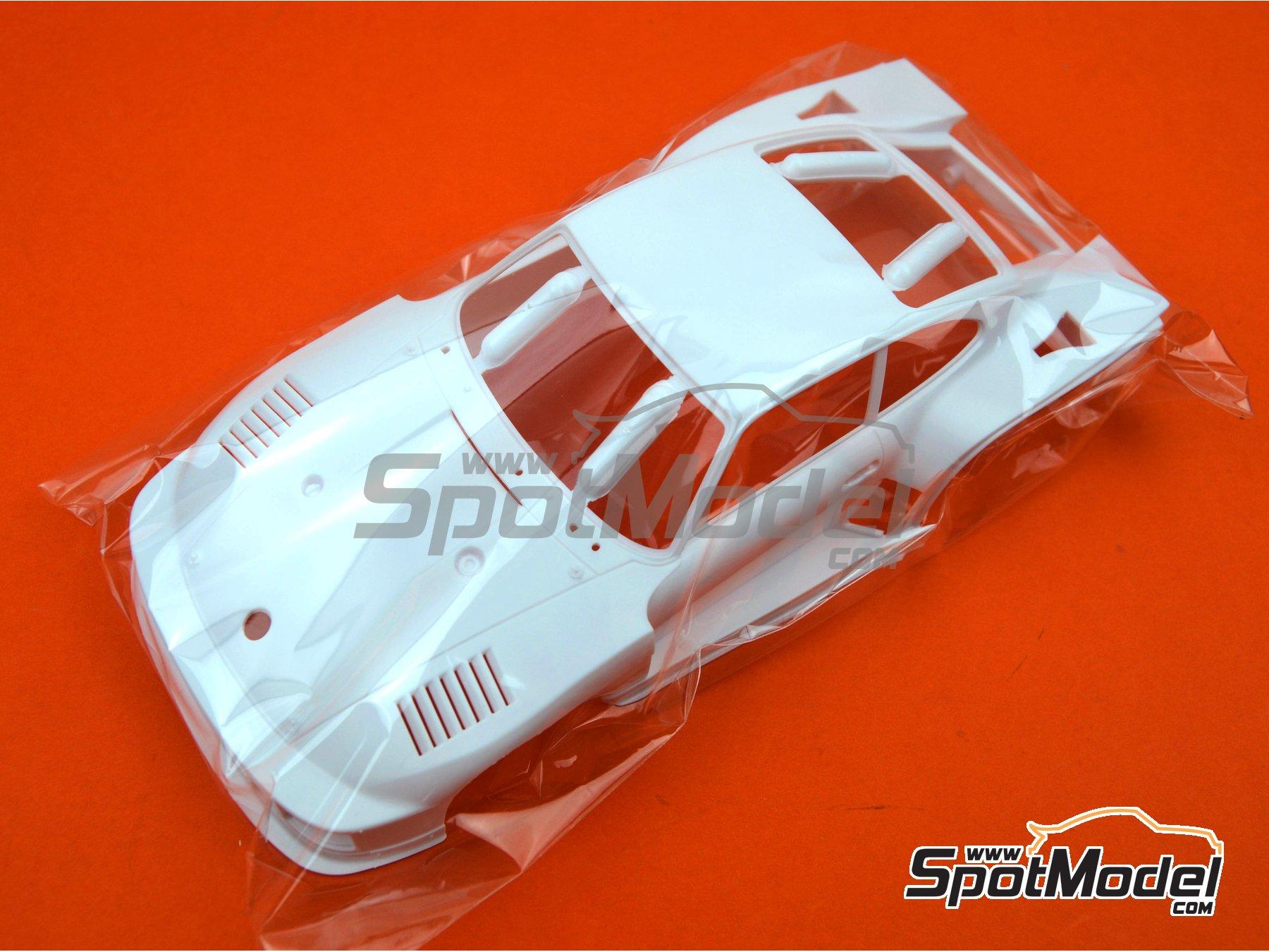 Image 17: Porsche 935 K2 Kremer Vaillant - Campeonato Alemán de Automovilismo - Deutsche Rennsport Meisterschaft DRM 1977 | Maqueta de coche en escala1/24 fabricado por Beemax Model Kits (ref.B24015, tambien 105108, aos10510 y 4905083105108)
