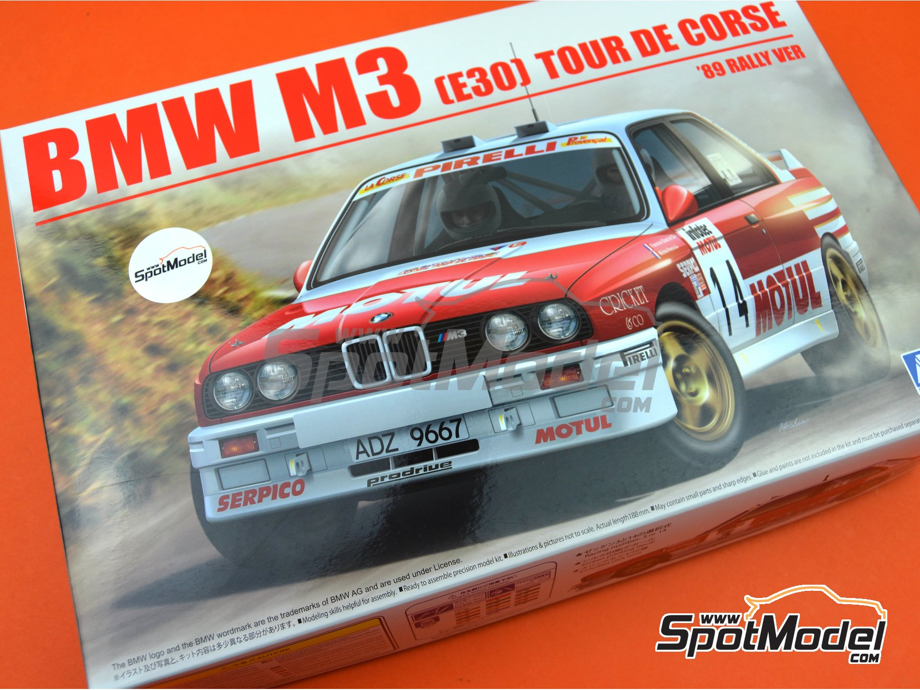 Image 28: BMW M3 E30 Rally Group A Bastos Motul - Tour de Corse 1988 | Model car kit in 1/24 scale manufactured by Beemax Model Kits (ref. B24016)