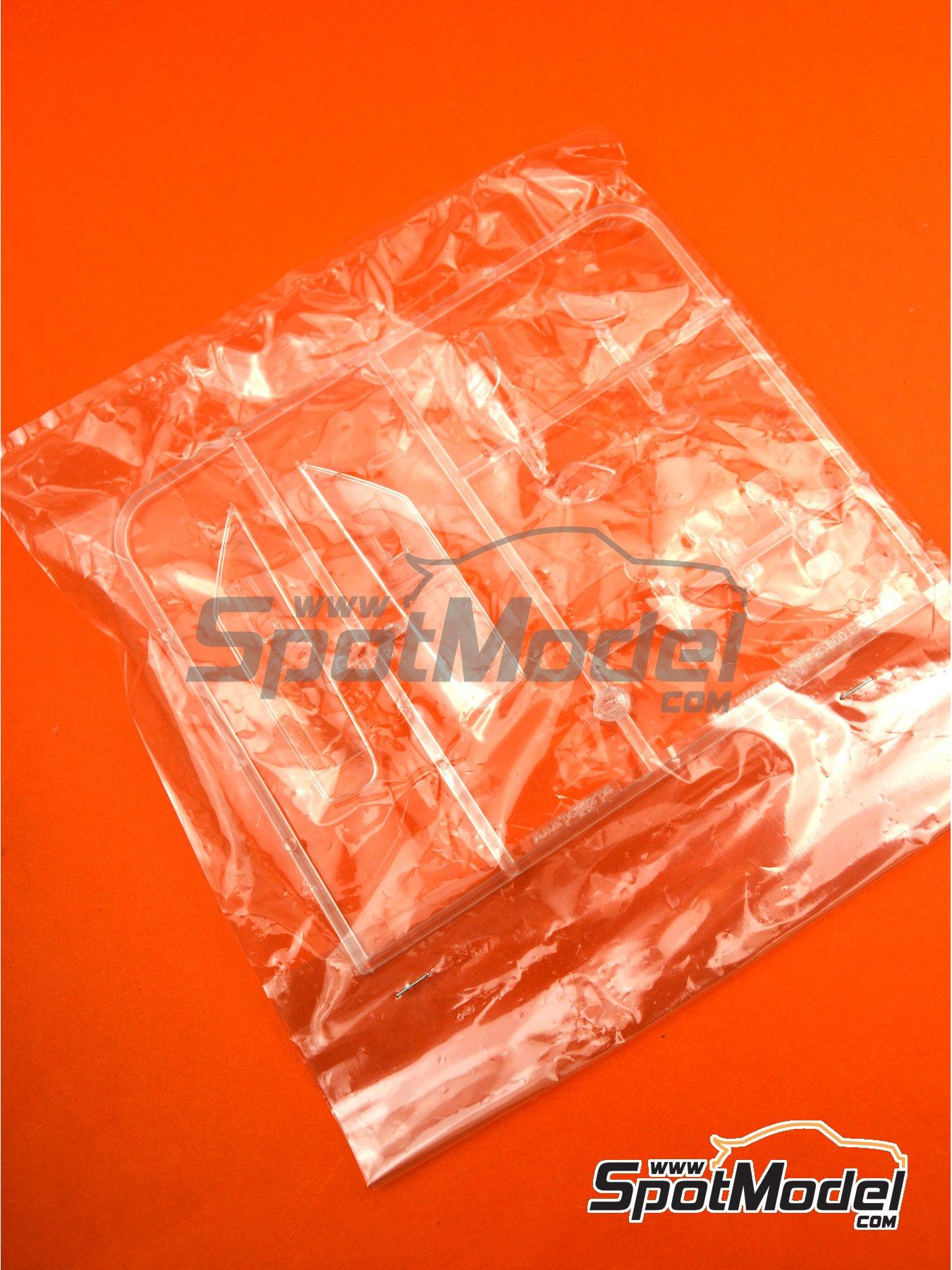 Skoda Fabia S2000 Evo: Partes B | Pieza de reemplazo en escala1/24 fabricado por Belkits (ref.BEL-004-SPRUE-B) image