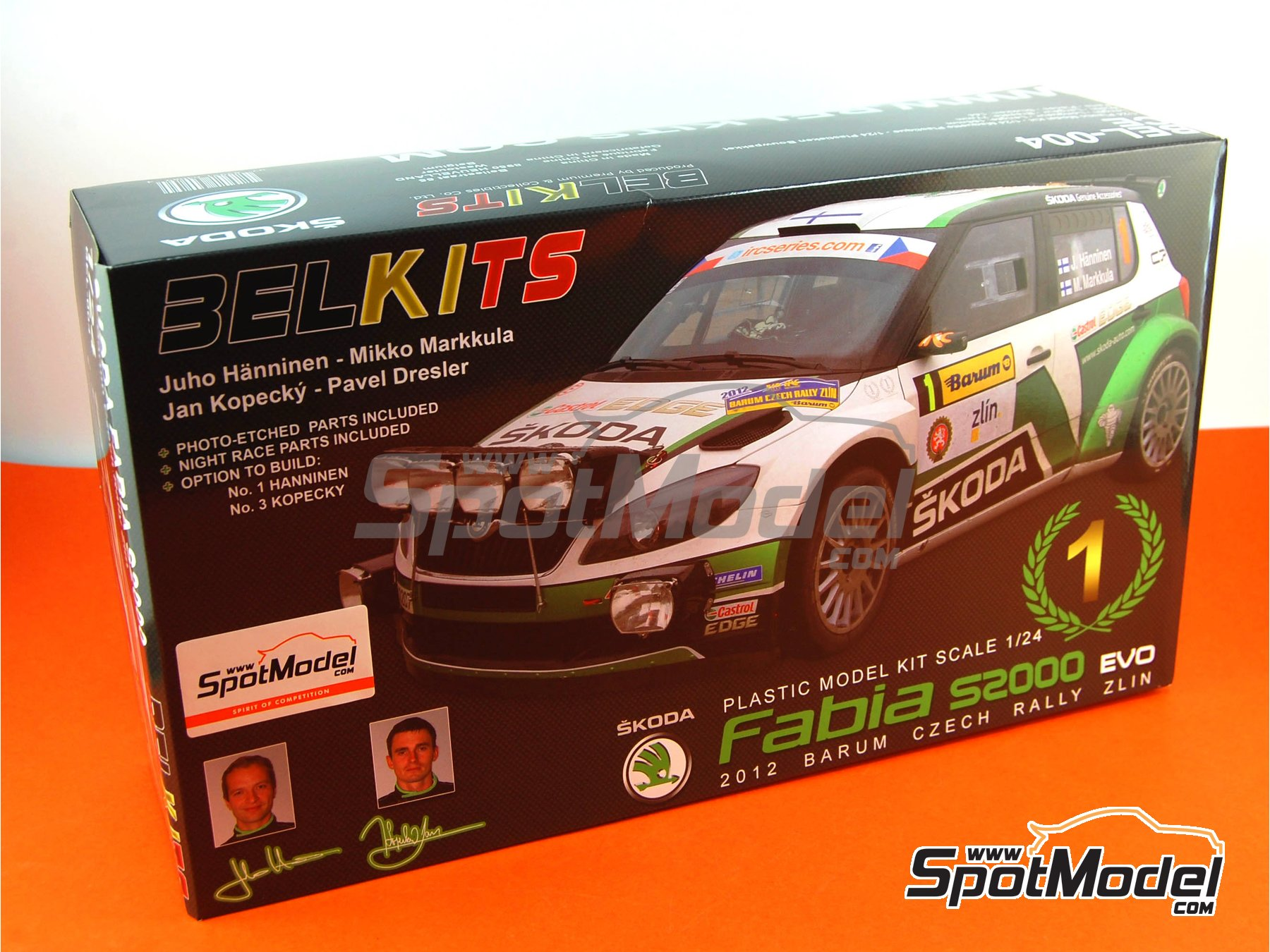 Image 22: Skoda Fabia S2000 Evo - Barum Czech Rally 2012 | Model car kit in 1/24 scale manufactured by Belkits (ref. BEL-004, also BEL004)