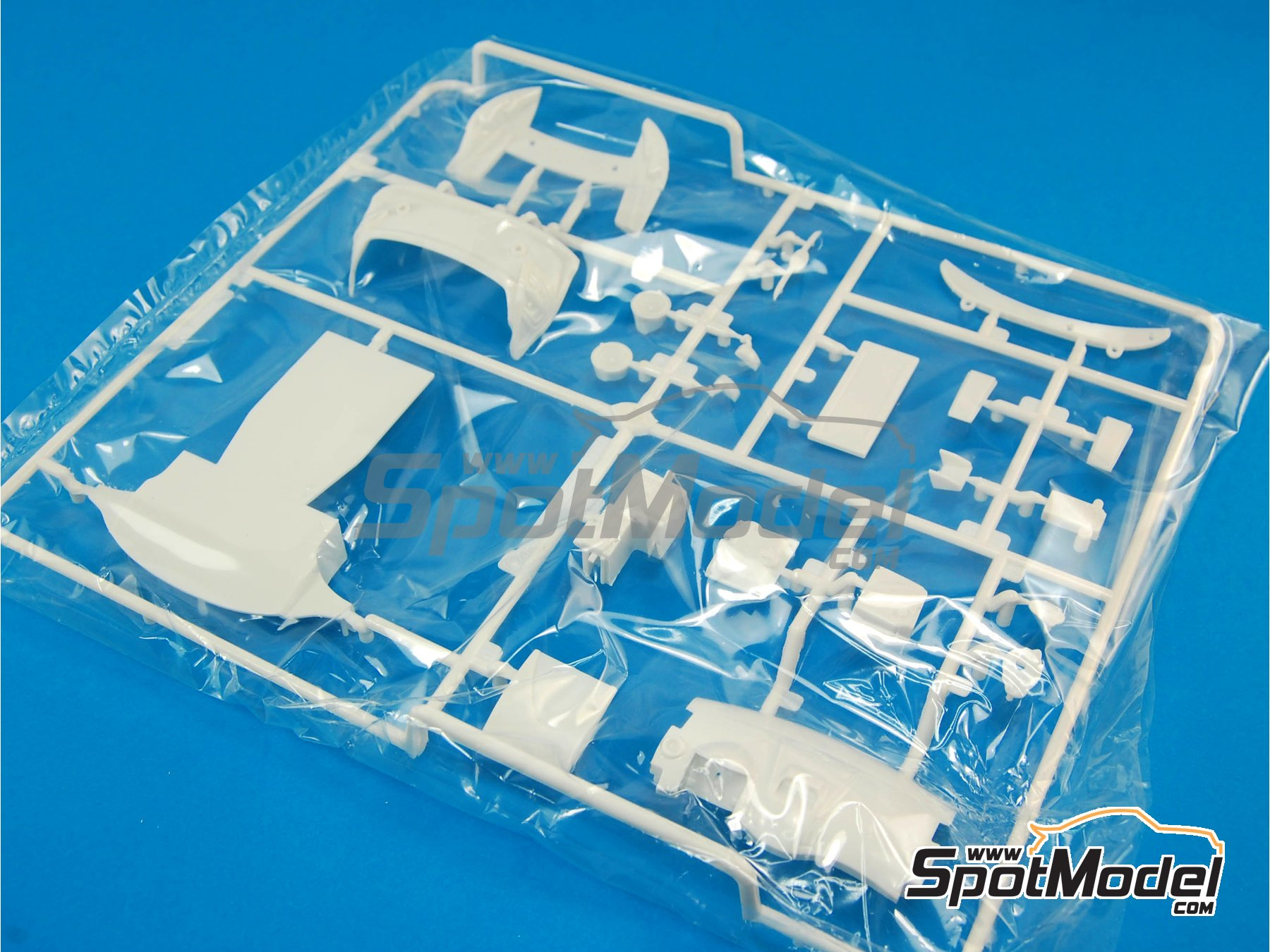 Image 1: Ford Fiesta RS WRC: Sprue C | Spare part in 1/24 scale manufactured by Belkits (ref.BEL003-SPRUE-C)