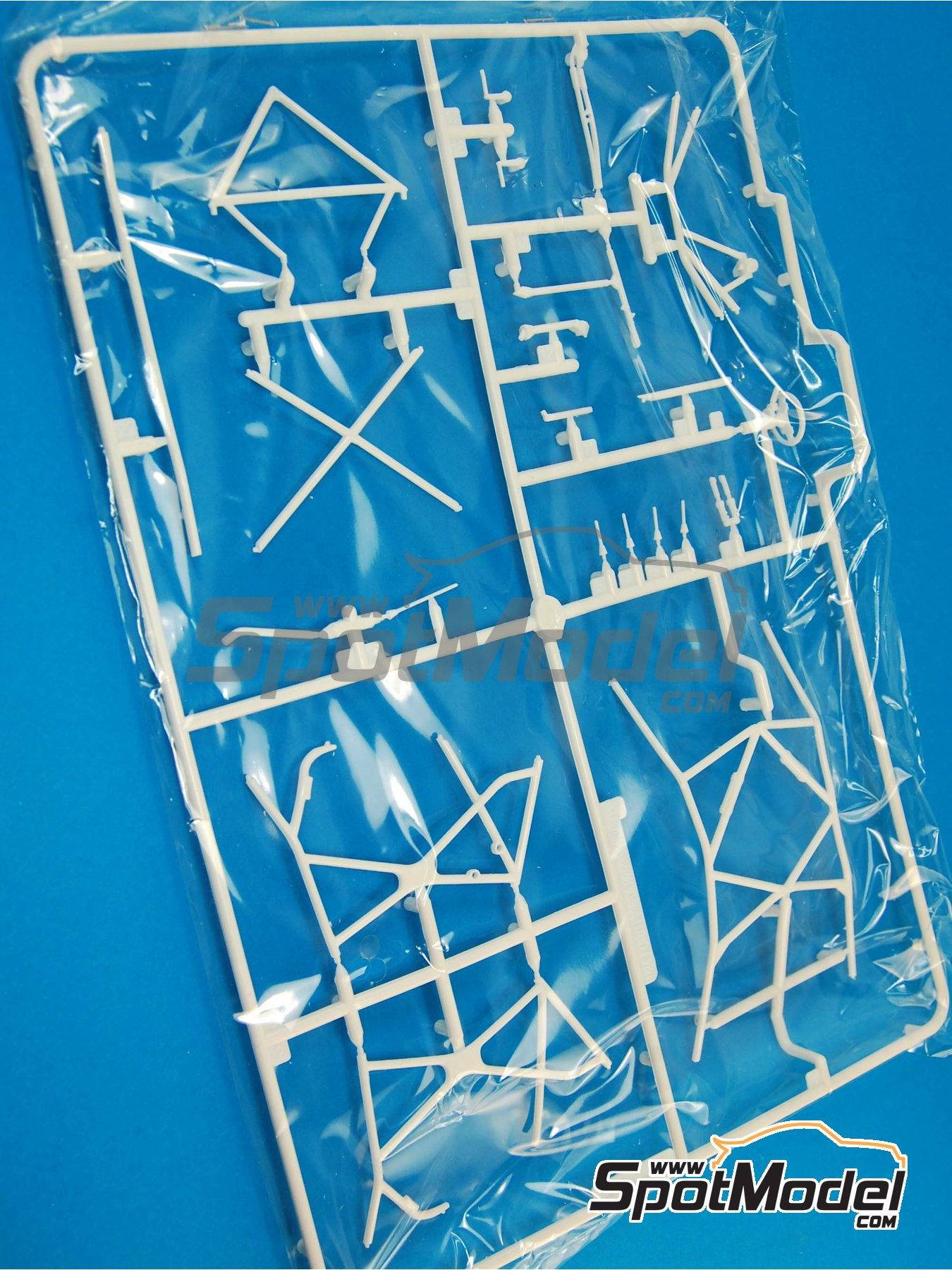 Ford Fiesta RS WRC: Sprue D | Spare part in 1/24 scale manufactured by Belkits (ref. BEL003-SPRUE-D) image