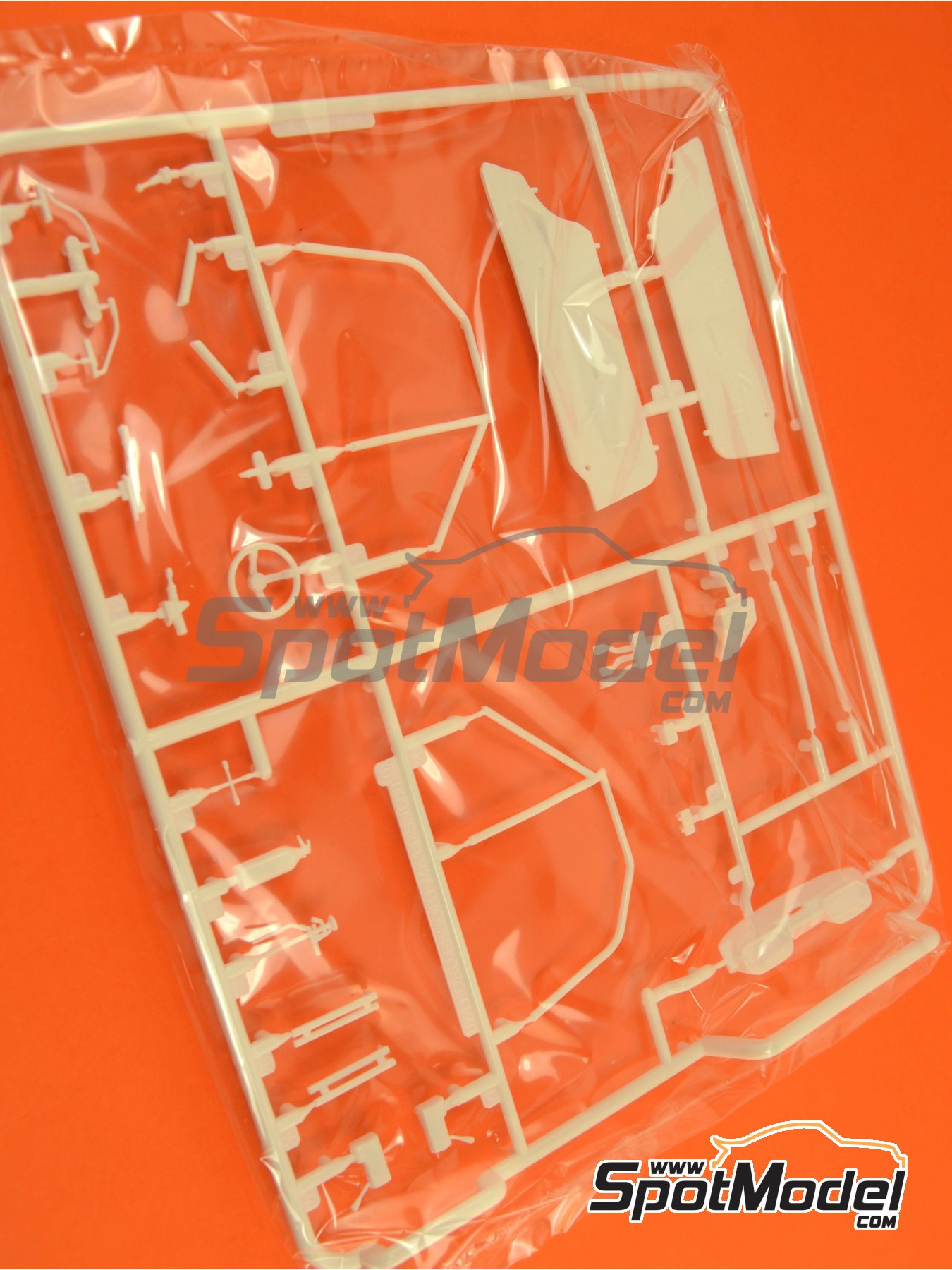 Ford Escort RS1600 Mk I: Sprue D | Spare part in 1/24 scale manufactured by Belkits (ref. BEL006-SPRUE-D) image