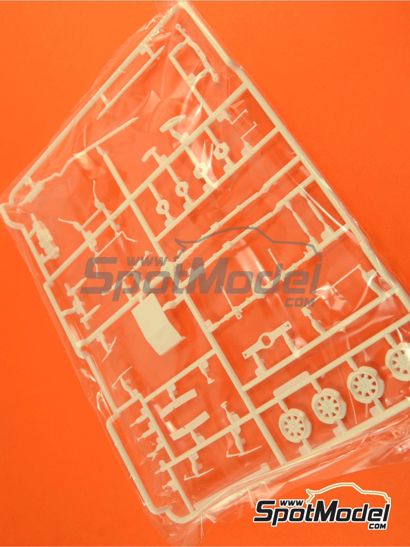 Ford Escort RS1600 Mk I: Sprue F   Spare part in 1/24 scale manufactured by Belkits (ref.BEL006-SPRUE-F) image
