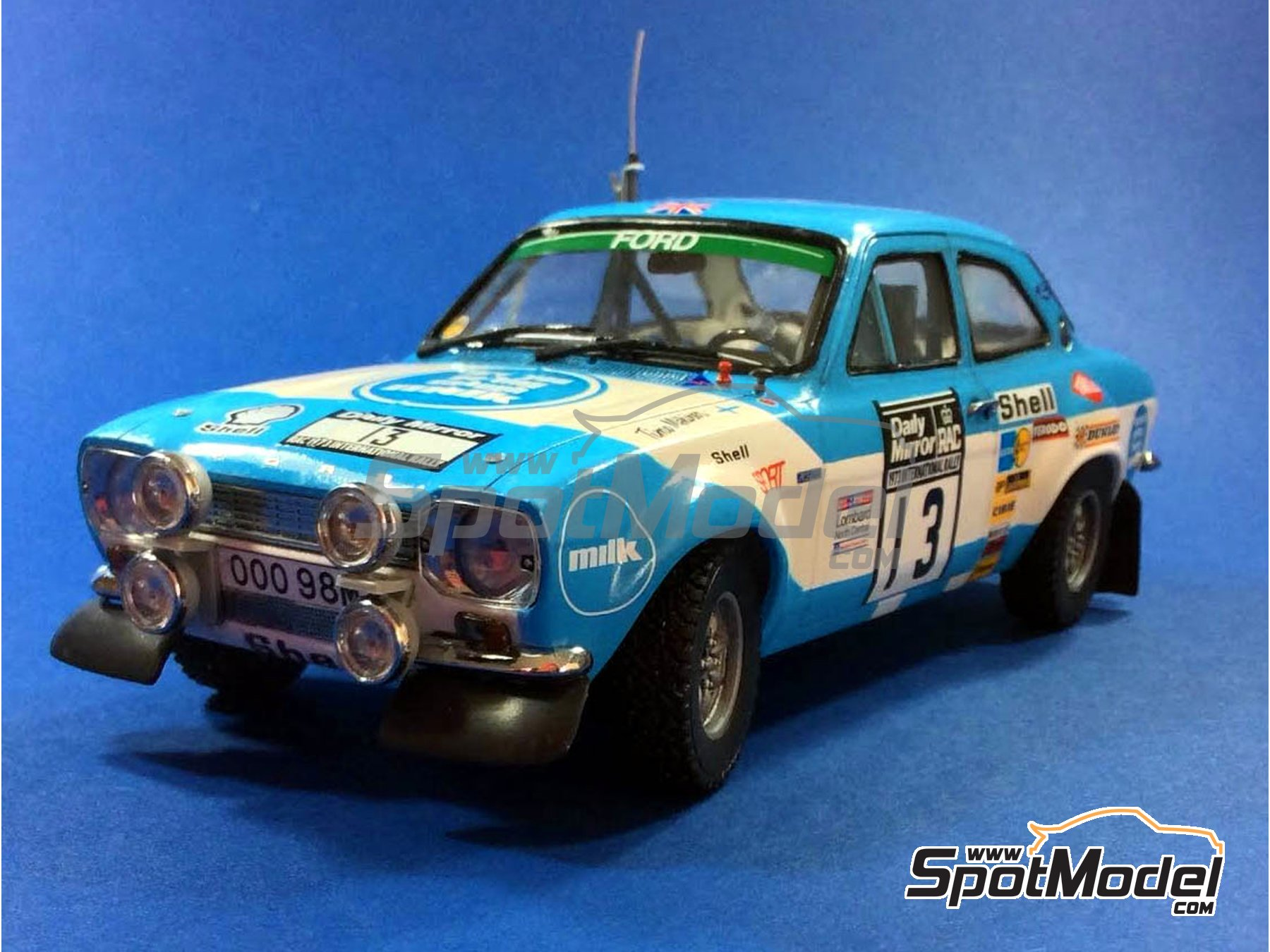 Image 23: Ford Escort RS1600 Mk I - Great Britain RAC Rally 1973 | Model car kit in 1/24 scale manufactured by Belkits (ref. BEL006)