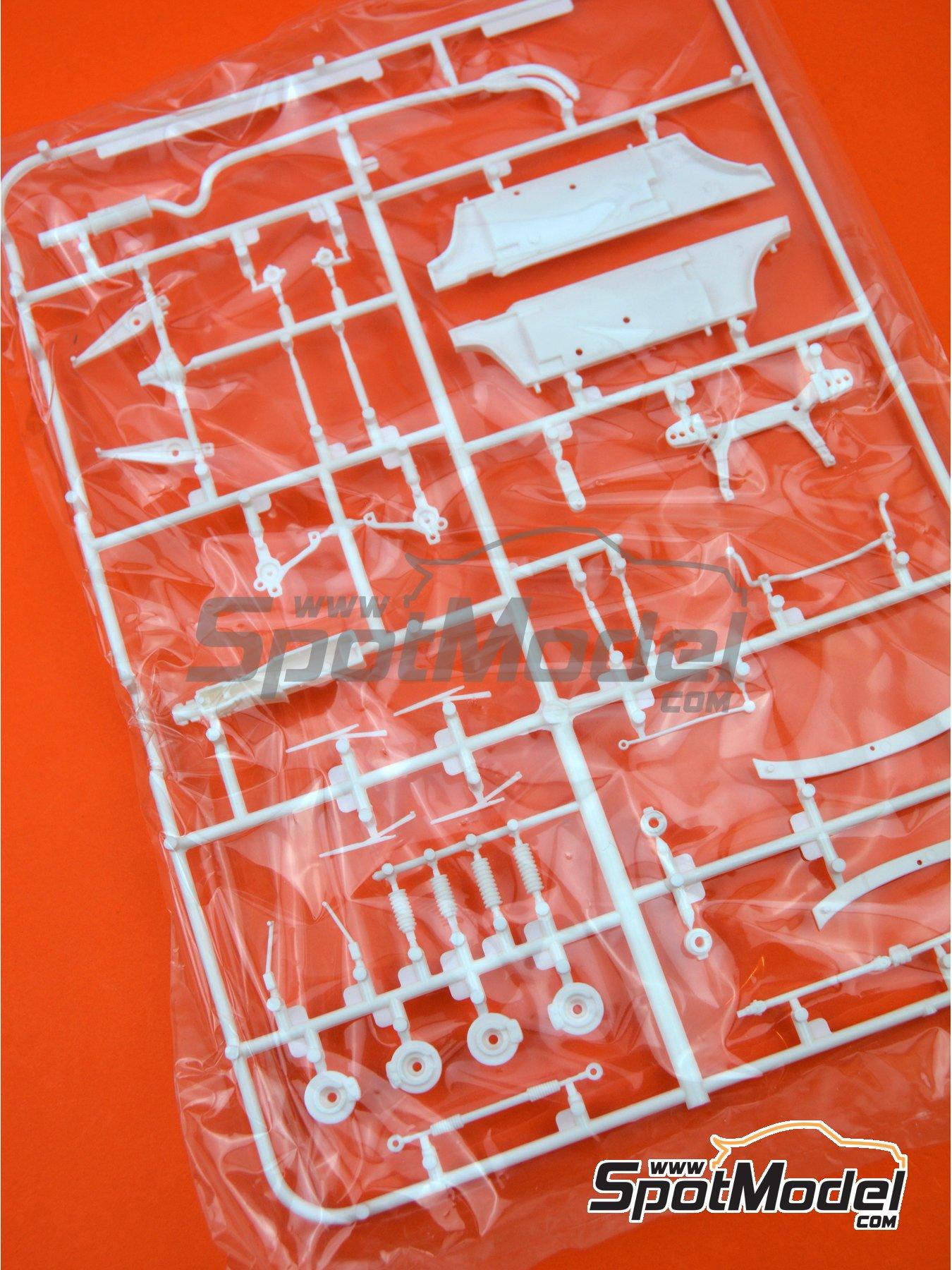 Opel Manta 400 Grupo B: Piezas F | Pieza de reemplazo en escala1/24 fabricado por Belkits (ref.BEL008-SPRUE-F) image