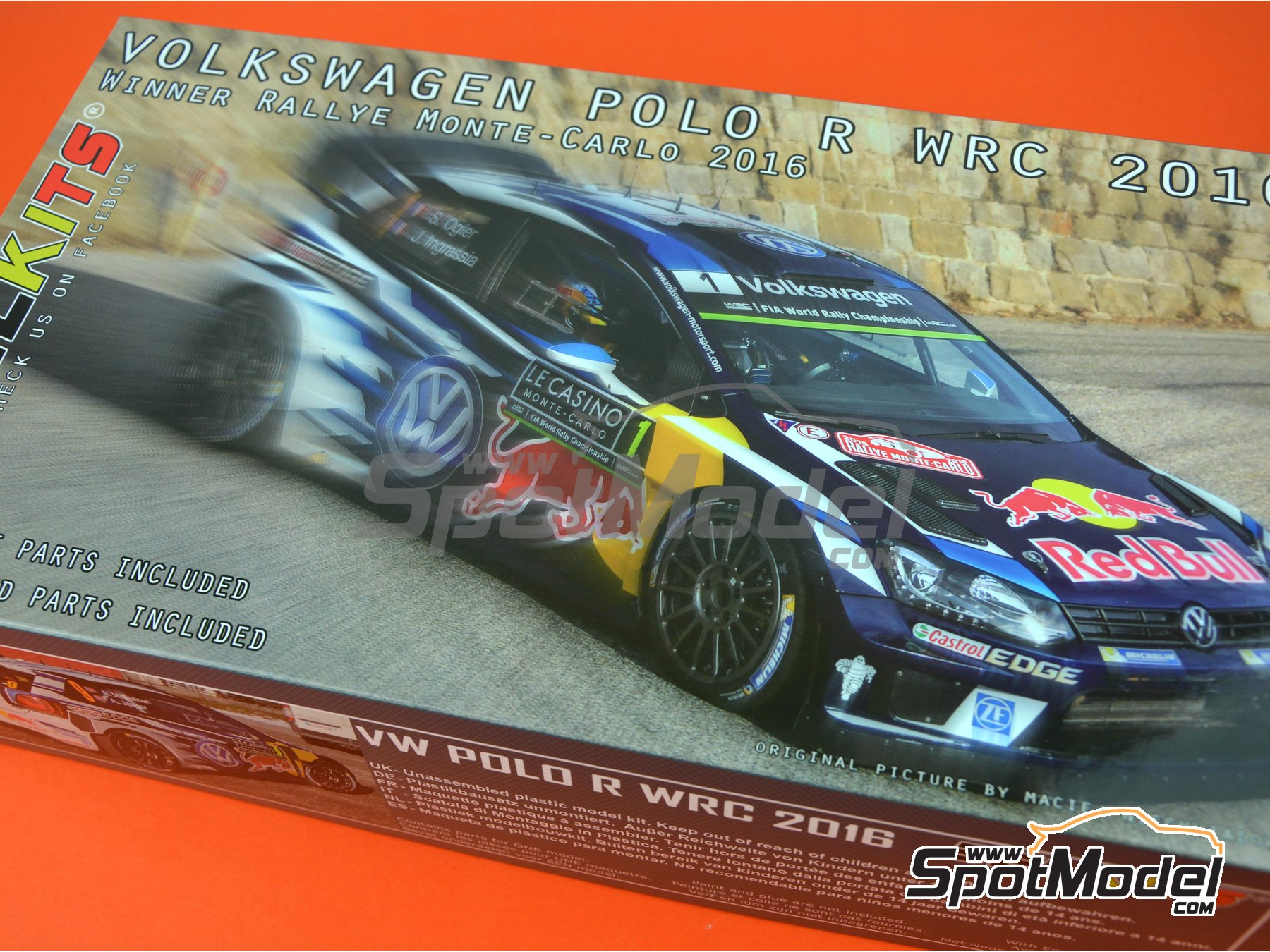 Image 19: Volkswagen Polo R WRC - Montecarlo Rally 2016 | Model car kit in 1/24 scale manufactured by Belkits (ref. BEL011)