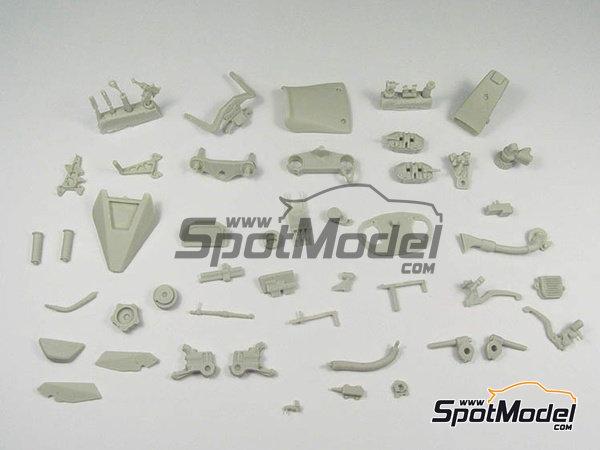 Image 3: Suter MMX 600cc Moto2 -  2010 | Model bike kit in 1/12 scale manufactured by BolidItalia Bikes Models (ref.BLDTL-FK01)