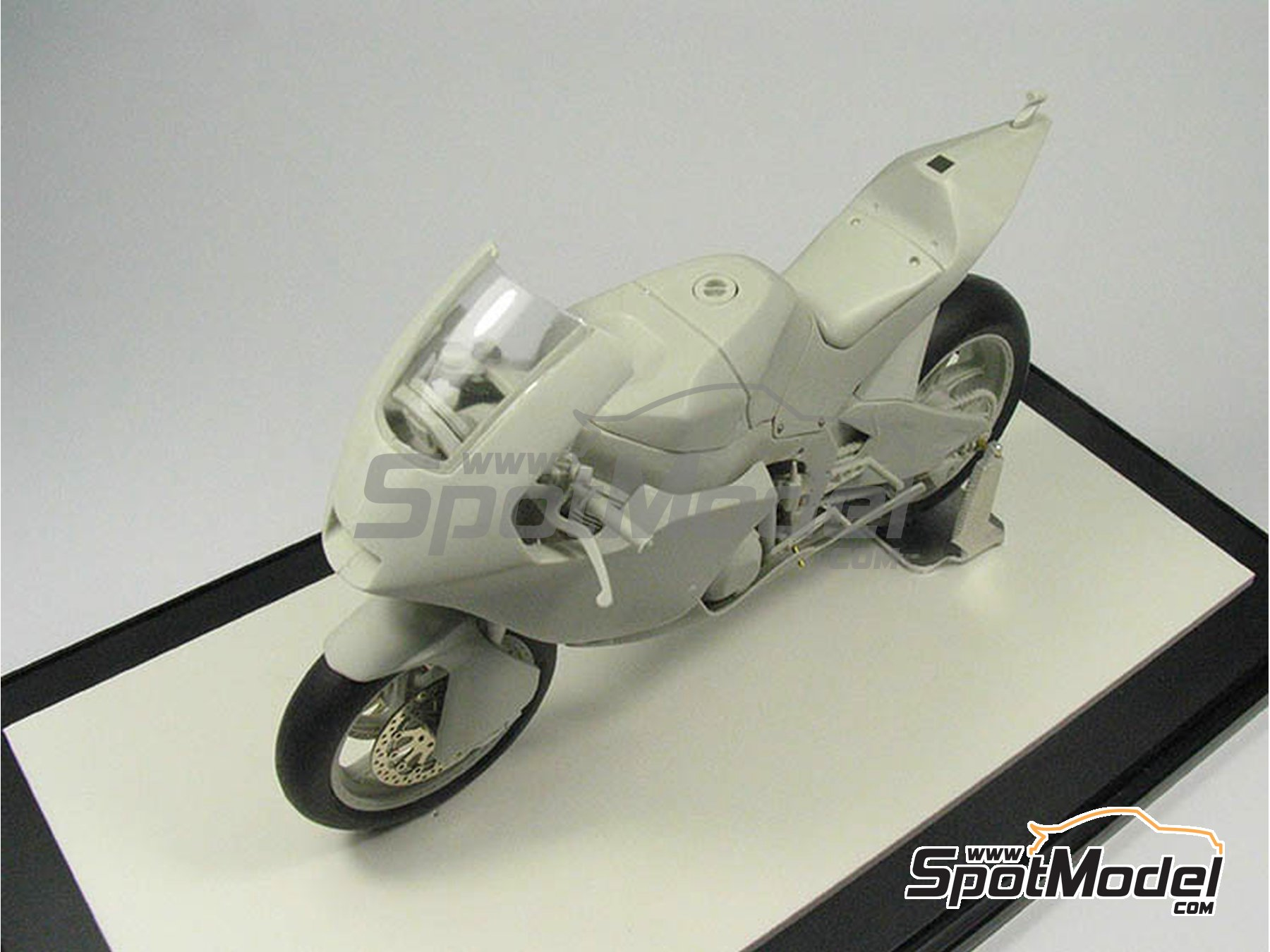 Image 23: Suter MMX 600cc Moto2 Suter Racing -  2010 | Model bike kit in 1/12 scale manufactured by BolidItalia (ref.BLDTL-FK01)