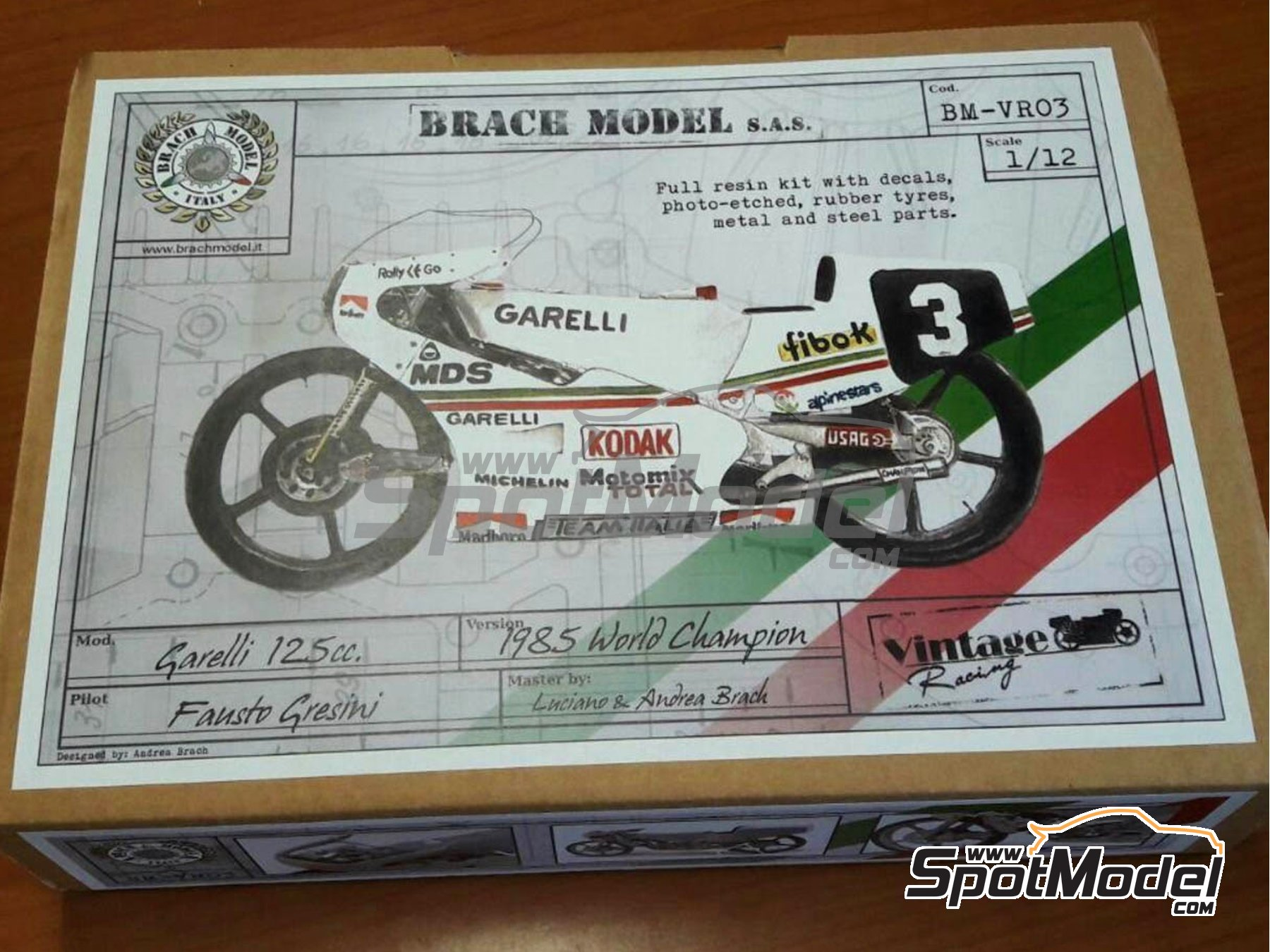 Image 1: Garelli 125cc MDS - Motorcycle World Championship 1985 | Model bike kit in 1/12 scale manufactured by Brach Model (ref. BM-VR03)