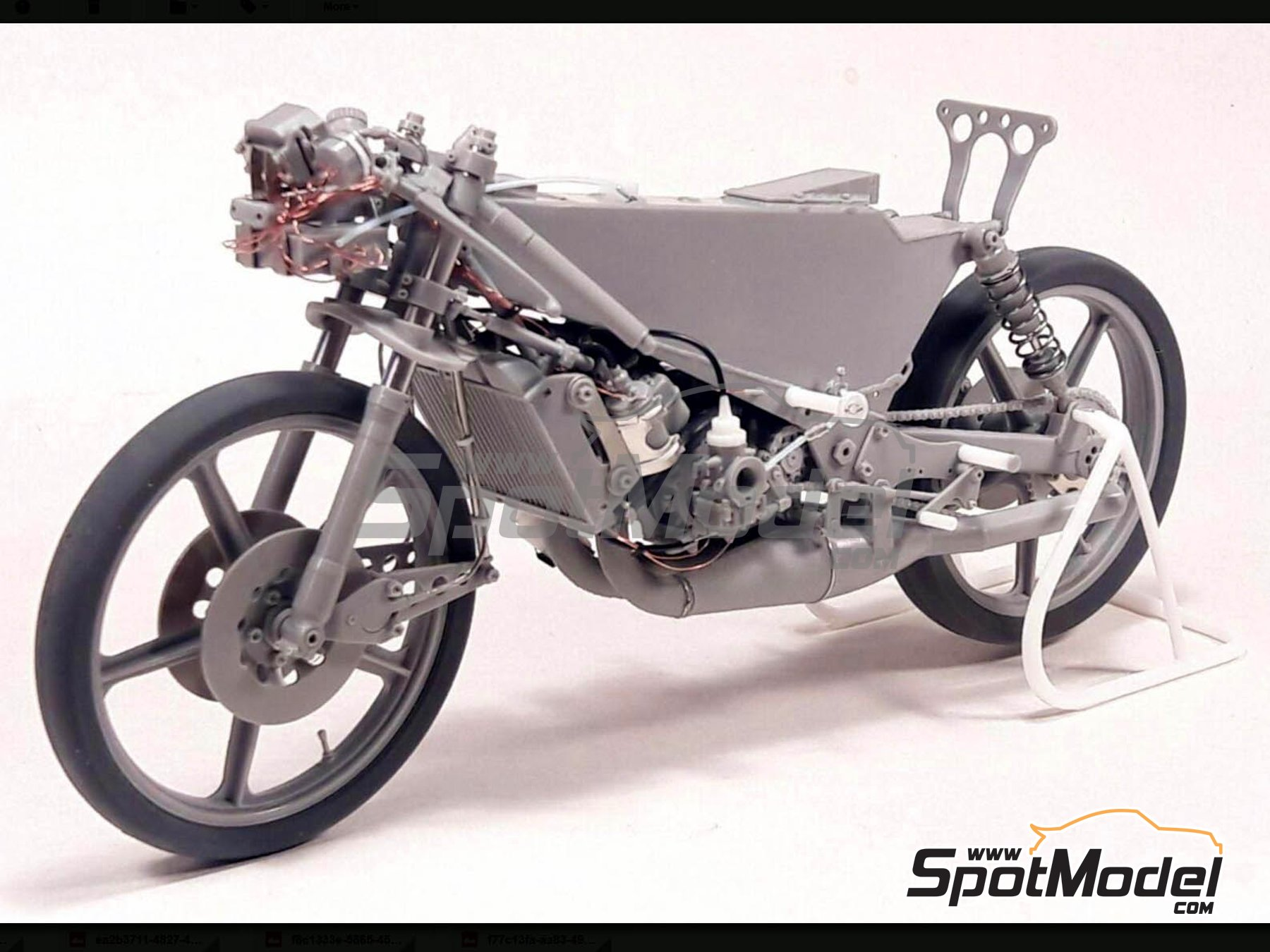 Image 4: Garelli 125cc MDS - Motorcycle World Championship 1985 | Model bike kit in 1/12 scale manufactured by Brach Model (ref. BM-VR03)