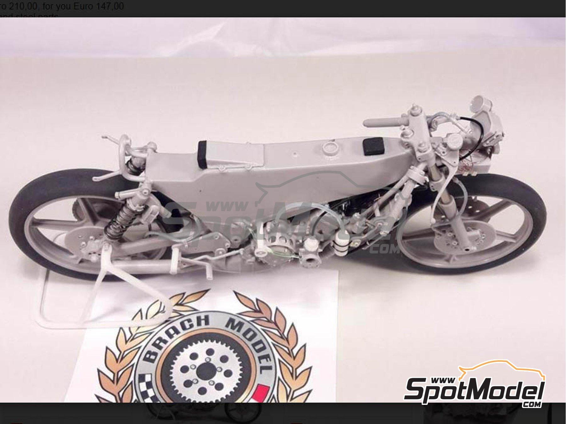 Image 9: Minarelli 125cc - Campeonato del Mundo de Motociclismo 1981 | Maqueta de moto en escala1/12 fabricado por Brach Model (ref.BM-VR05)