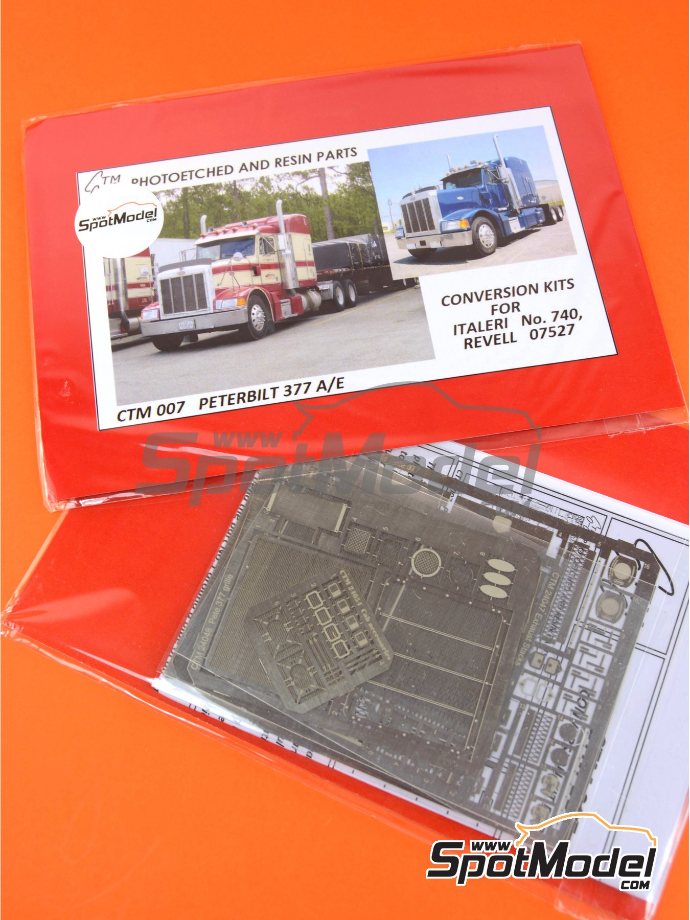 Peterbilt 377 A/E | Detail up set in 1/24 scale manufactured by Czech Truck Model (ref.CTM007) image