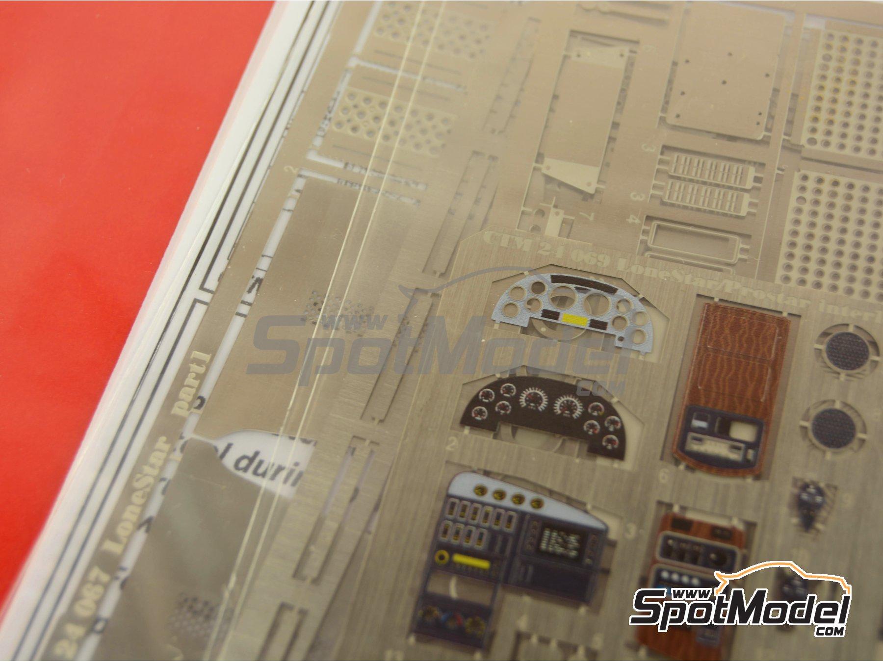 Image 2: International LoneStar | Fotograbados en escala1/24 fabricado por Czech Truck Model (ref.CTM014)
