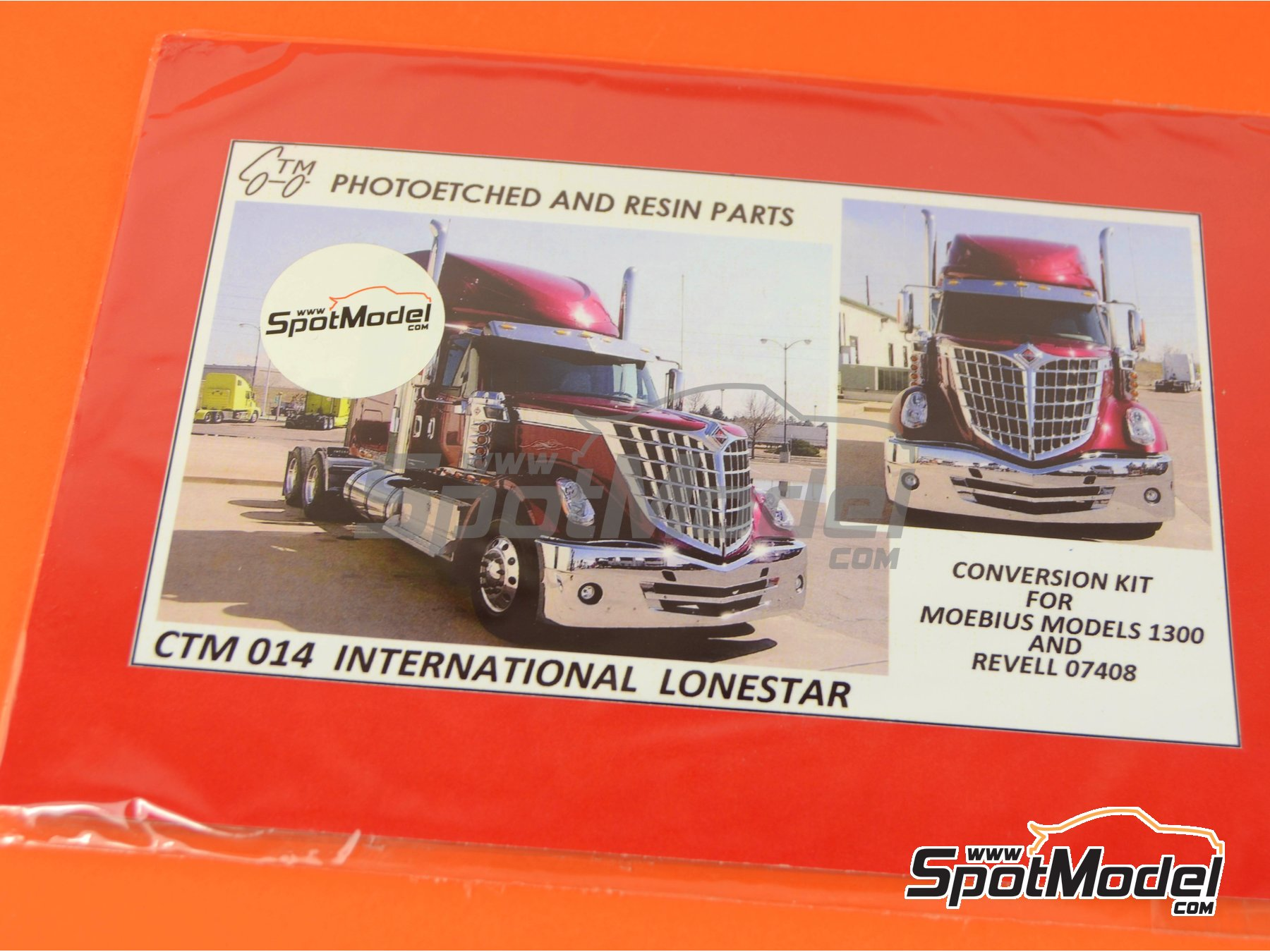 Image 5: International LoneStar | Fotograbados en escala1/24 fabricado por Czech Truck Model (ref.CTM014)