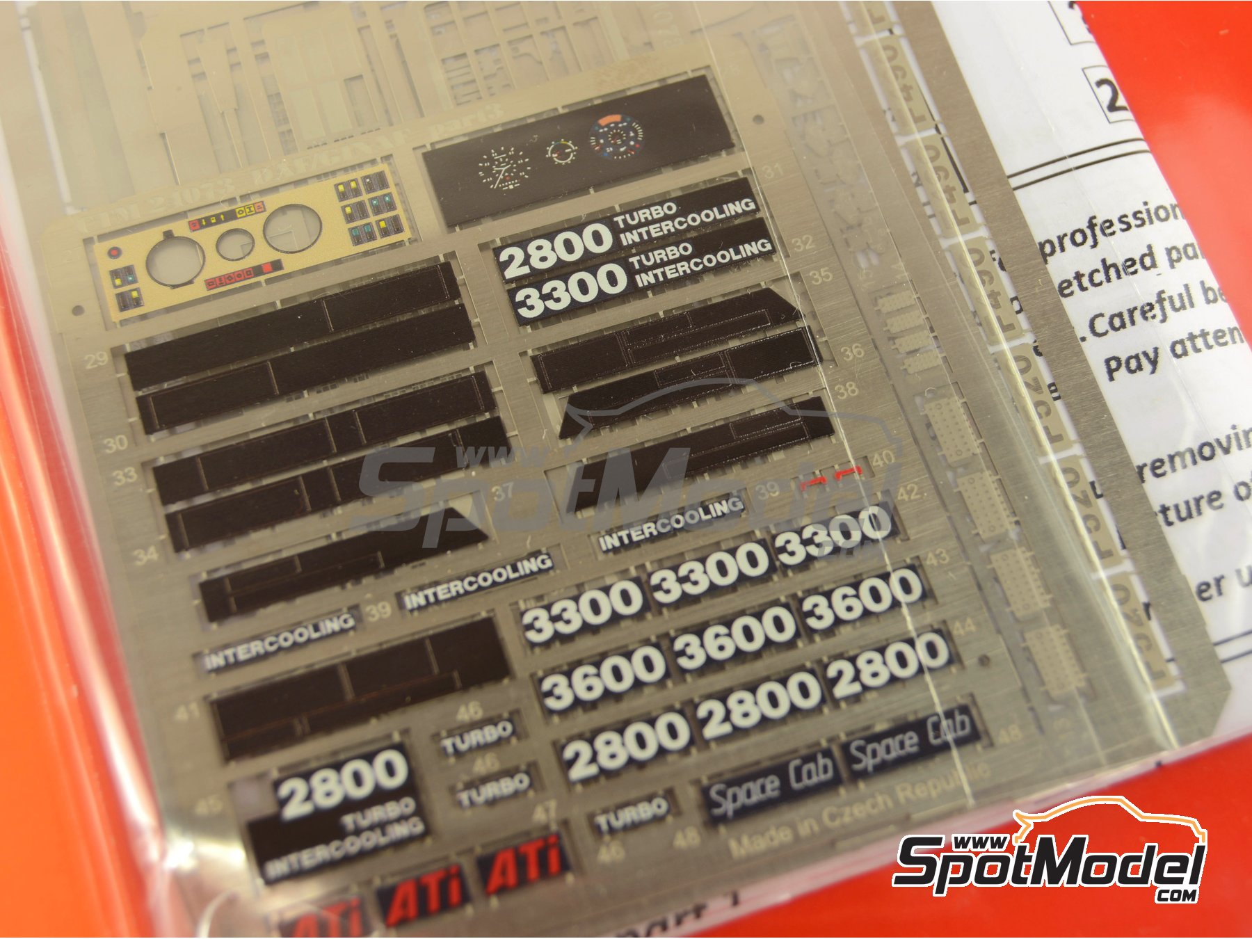 Image 3: DAF 2800-3300-3600 / GINAF | Photo-etched parts in 1/24 scale manufactured by Czech Truck Model (ref. CTM017)