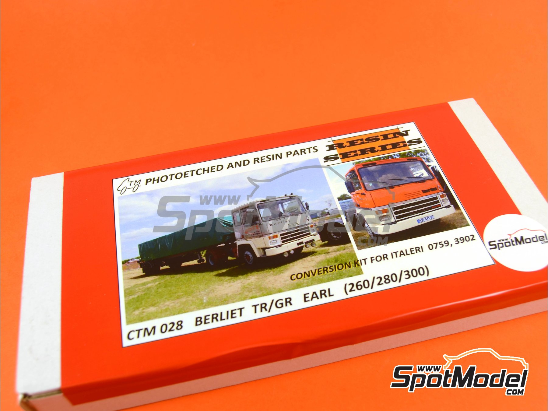 Image 10: Berliet TR/GR 260 / 280 /300 | Transkit in 1/24 scale manufactured by Czech Truck Model (ref. CTM028)