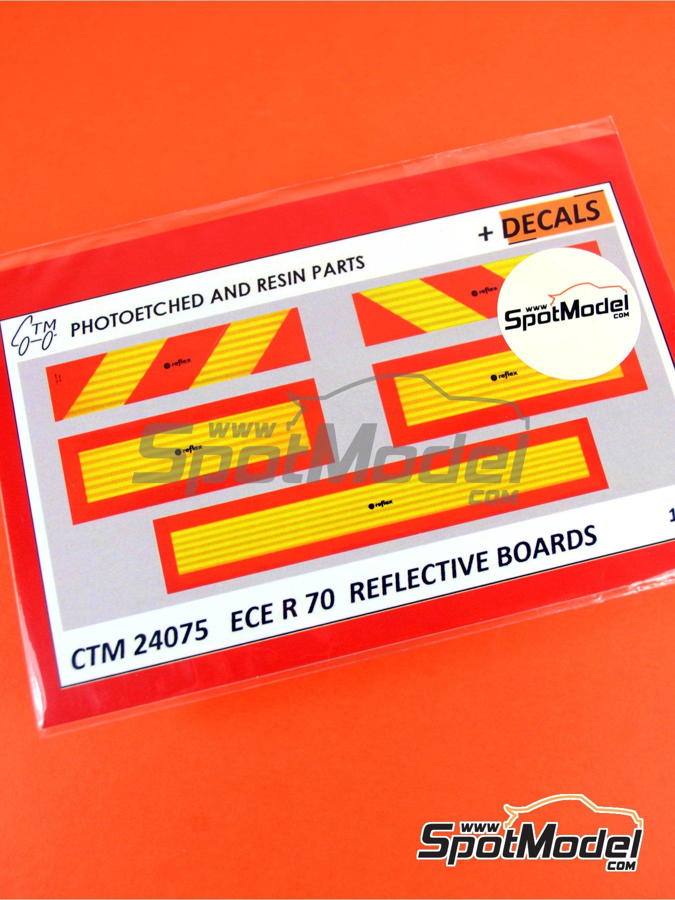 Placas reflectantes traseras tipo ECE R 70 | Mejora en escala1/24 fabricado por Czech Truck Model (ref.CTM24075) image