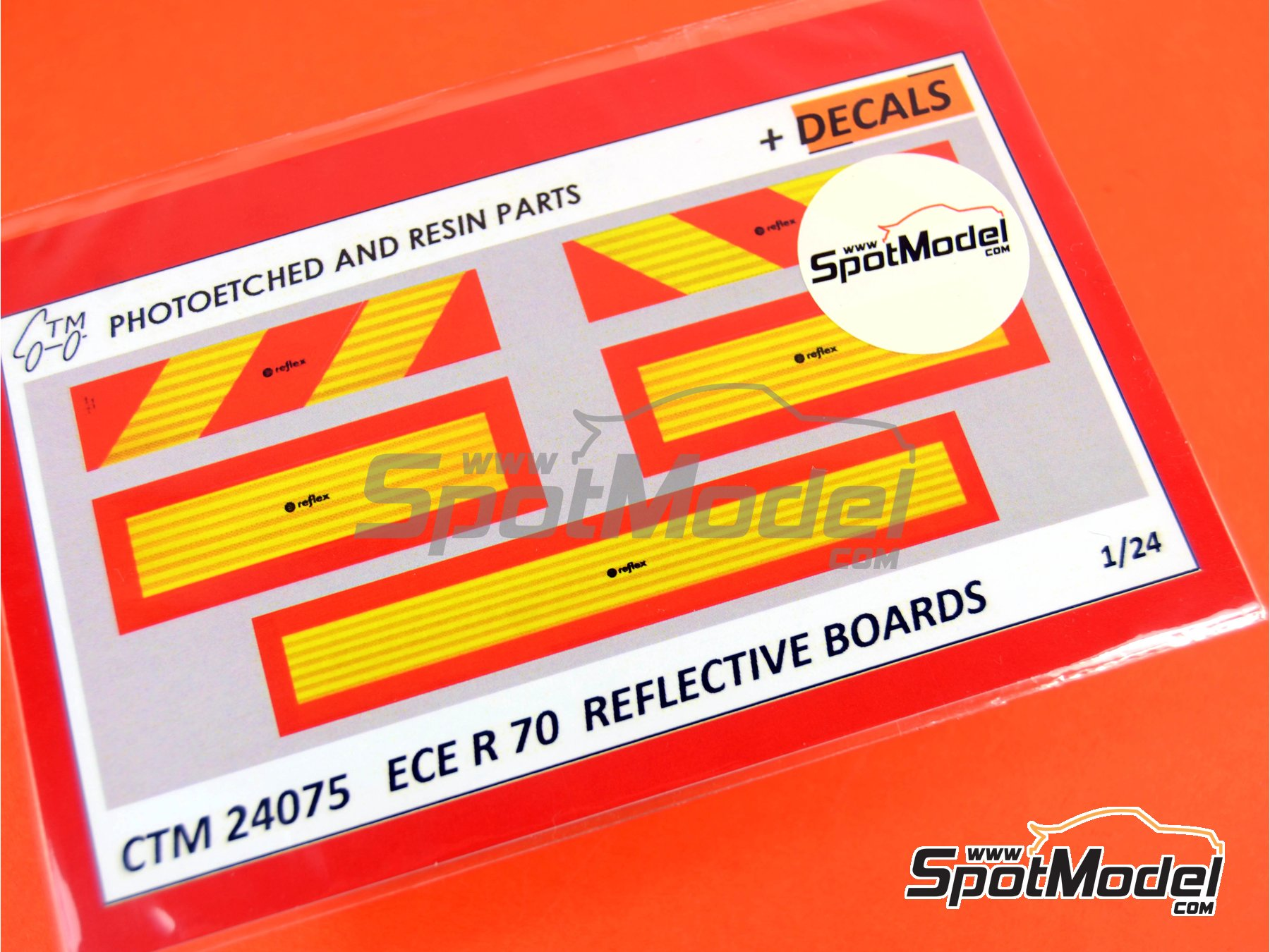 Image 4: ECE R 70 Reflective boards | Upgrade in 1/24 scale manufactured by Czech Truck Model (ref. CTM24075)