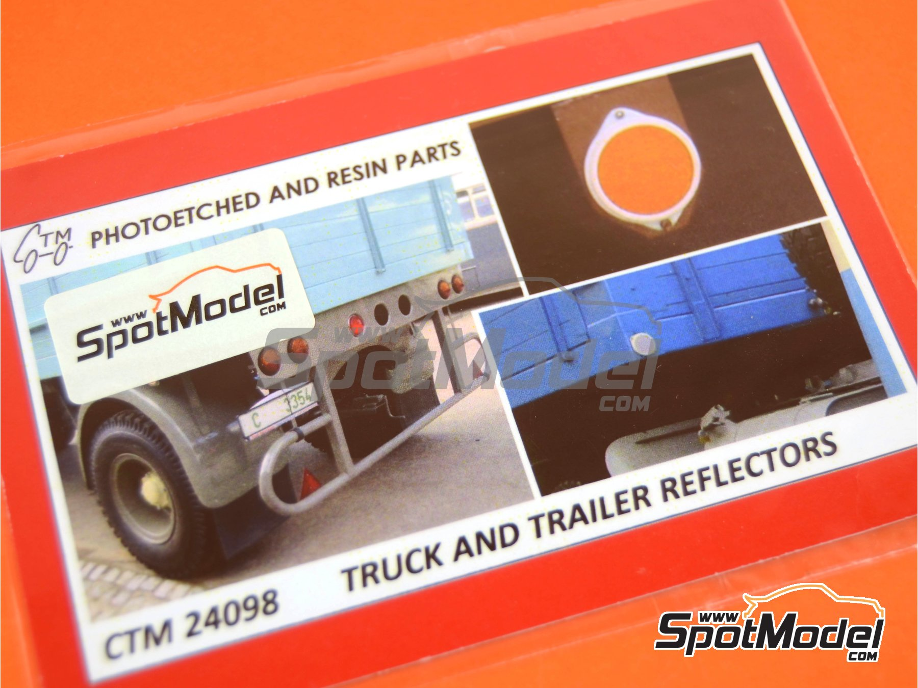 Image 3: Reflectors | Lights in 1/24 scale manufactured by Czech Truck Model (ref. CTM24098)
